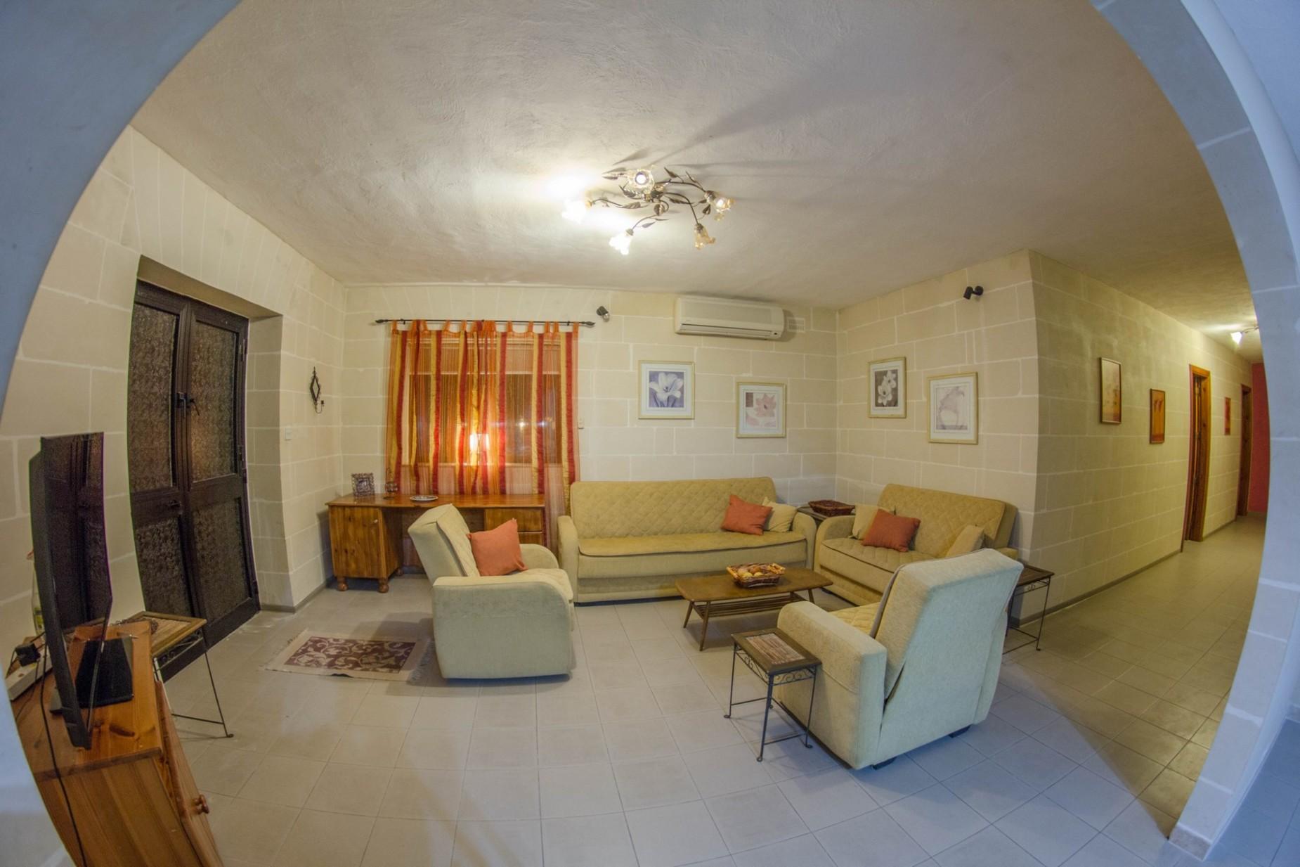 6 bed Villa For Rent in Mellieha, Mellieha - thumb 24