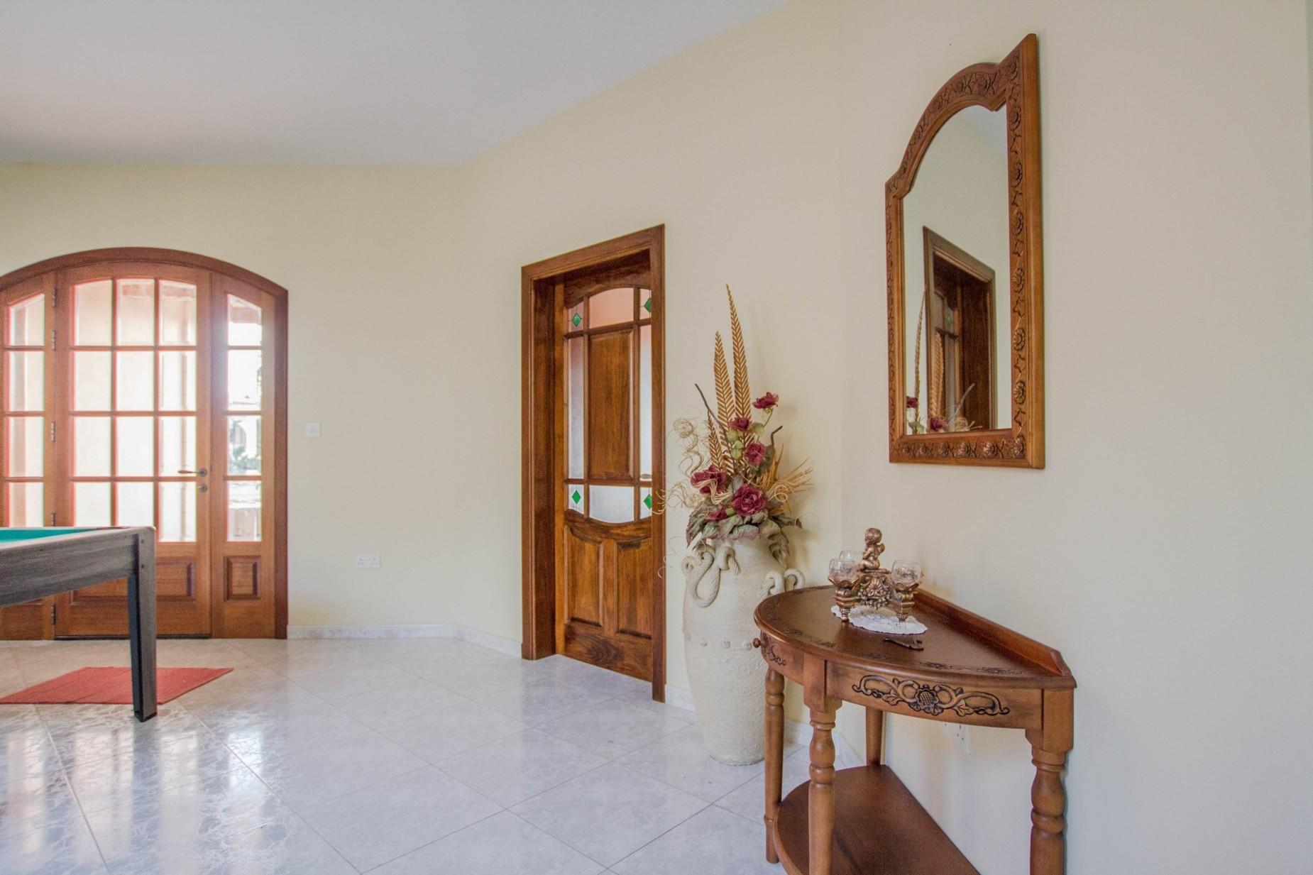 6 bed Villa For Rent in Mellieha, Mellieha - thumb 23