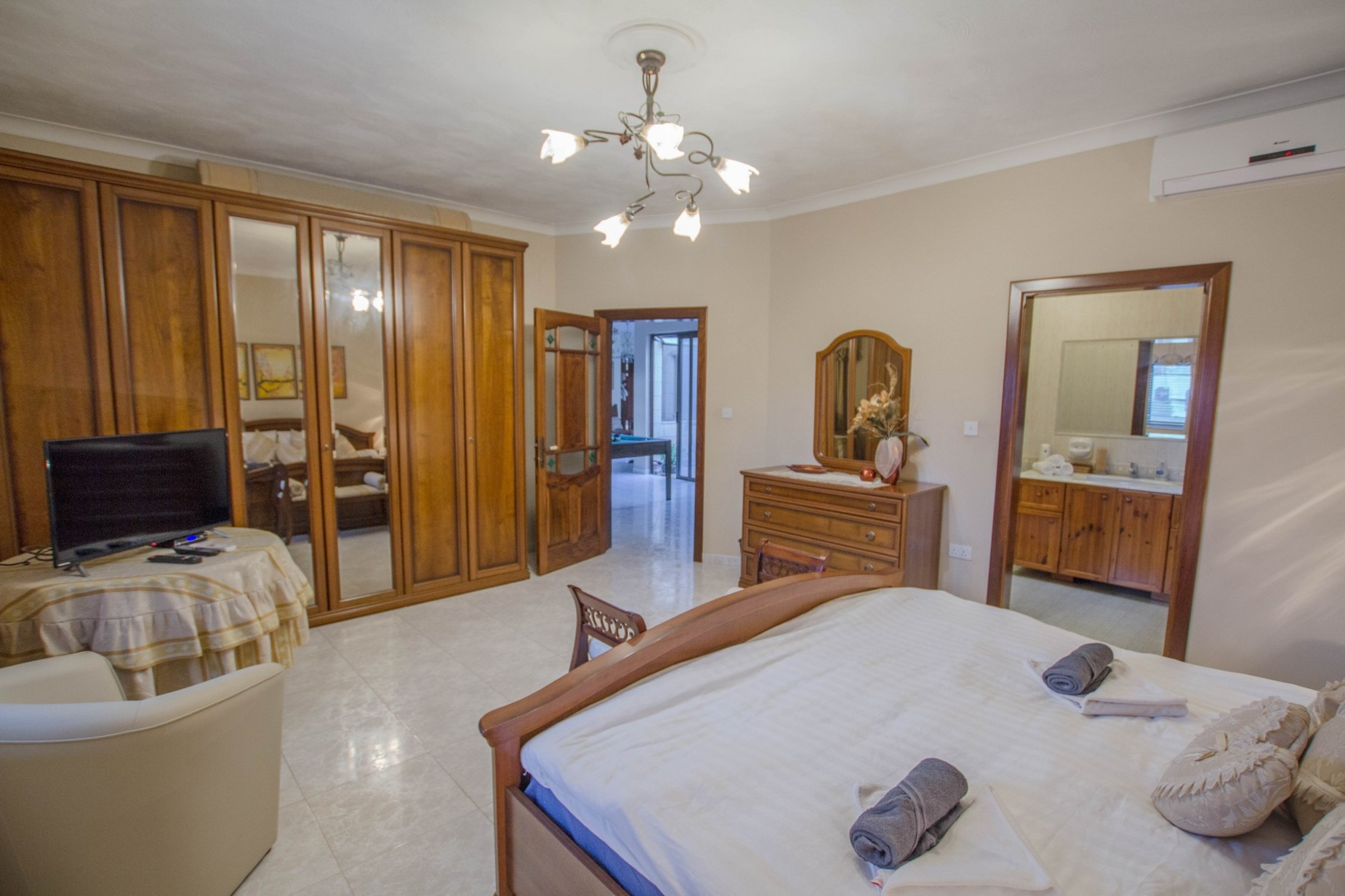 6 bed Villa For Rent in Mellieha, Mellieha - thumb 10