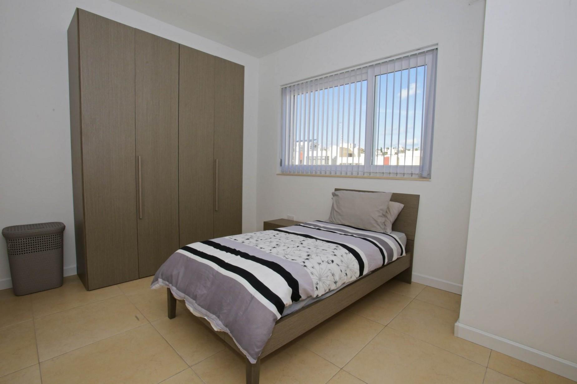 3 bed Apartment For Rent in Gzira, Gzira - thumb 15