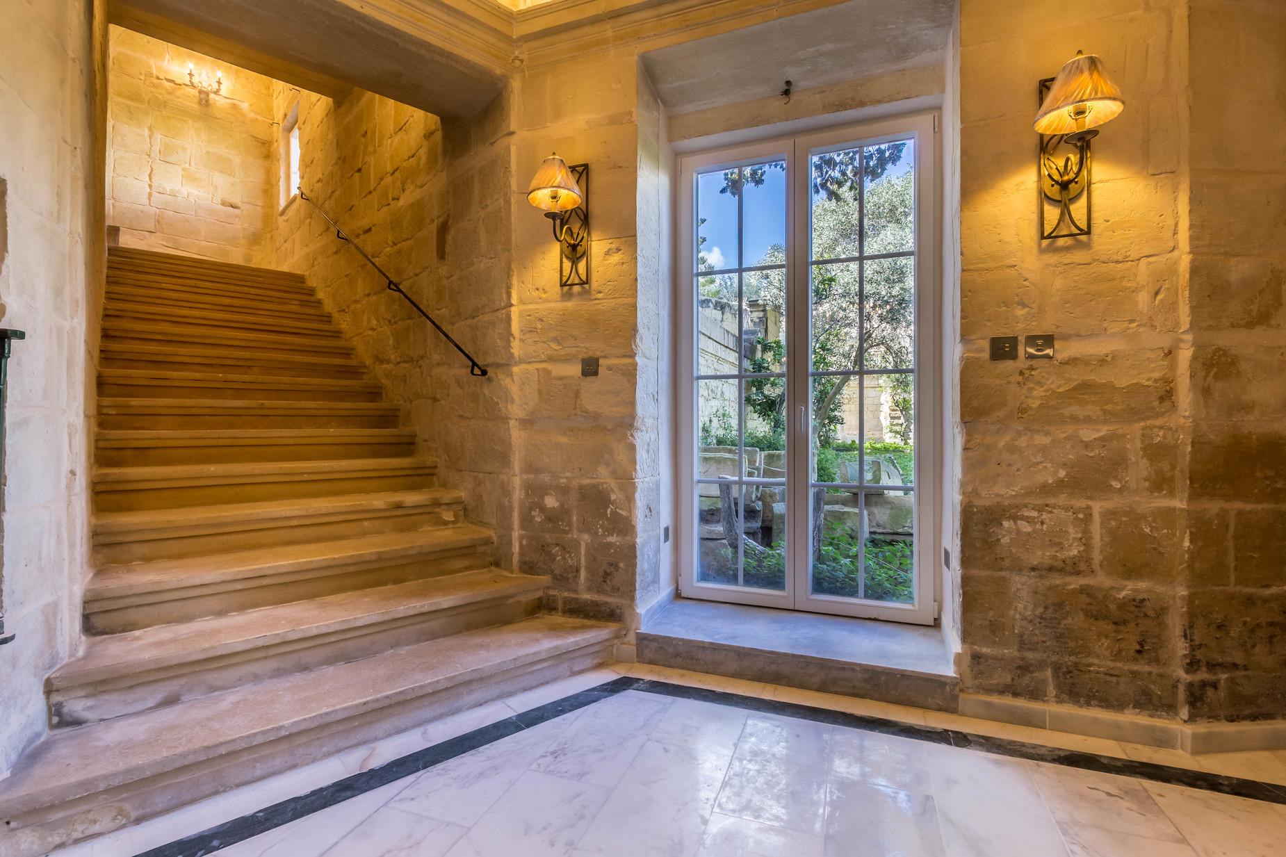 7 bed Palazzo For Sale in Lija, Lija - thumb 7