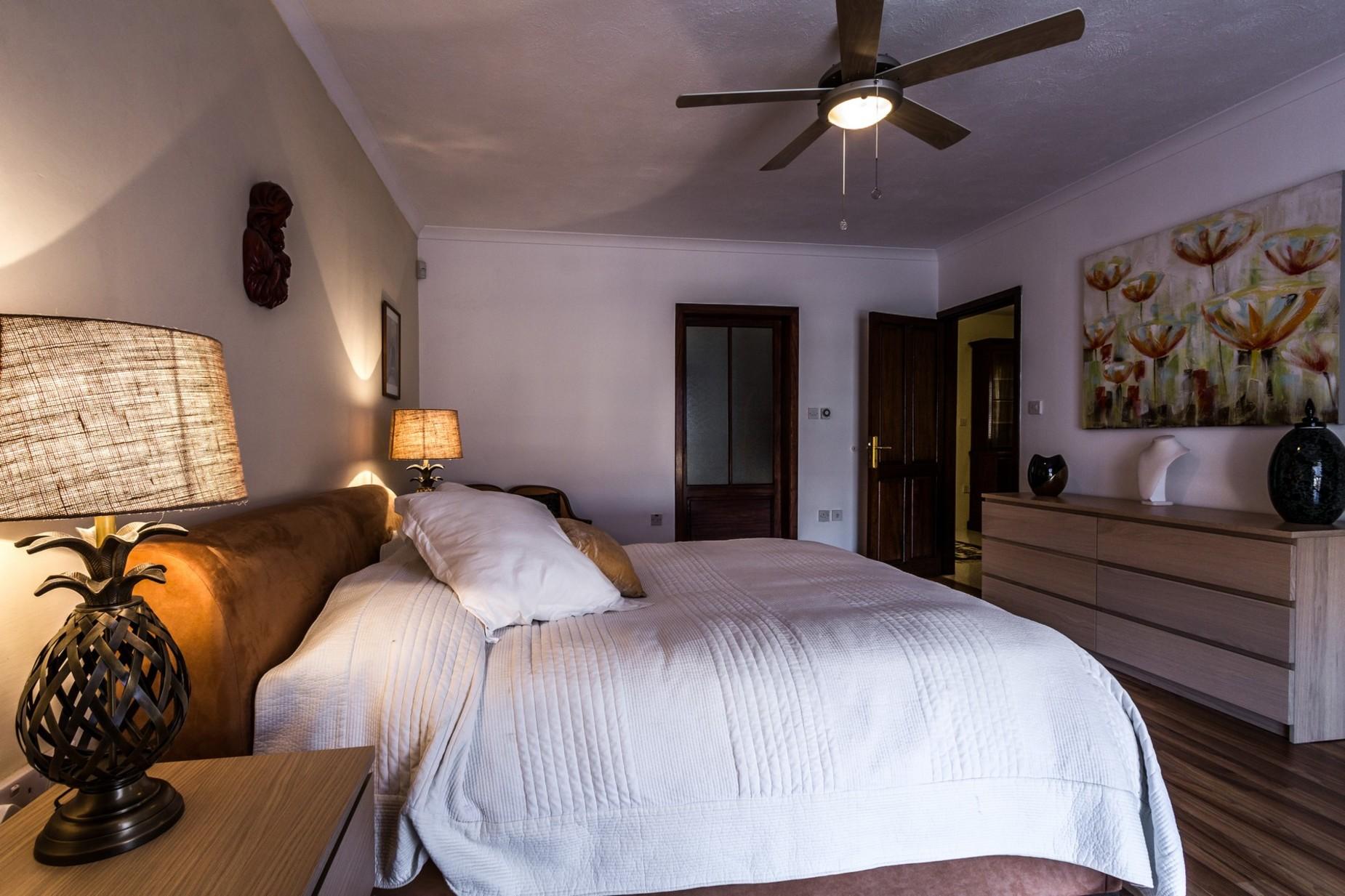 3 bed Villa For Sale in St Julian's, St Julian's - thumb 9