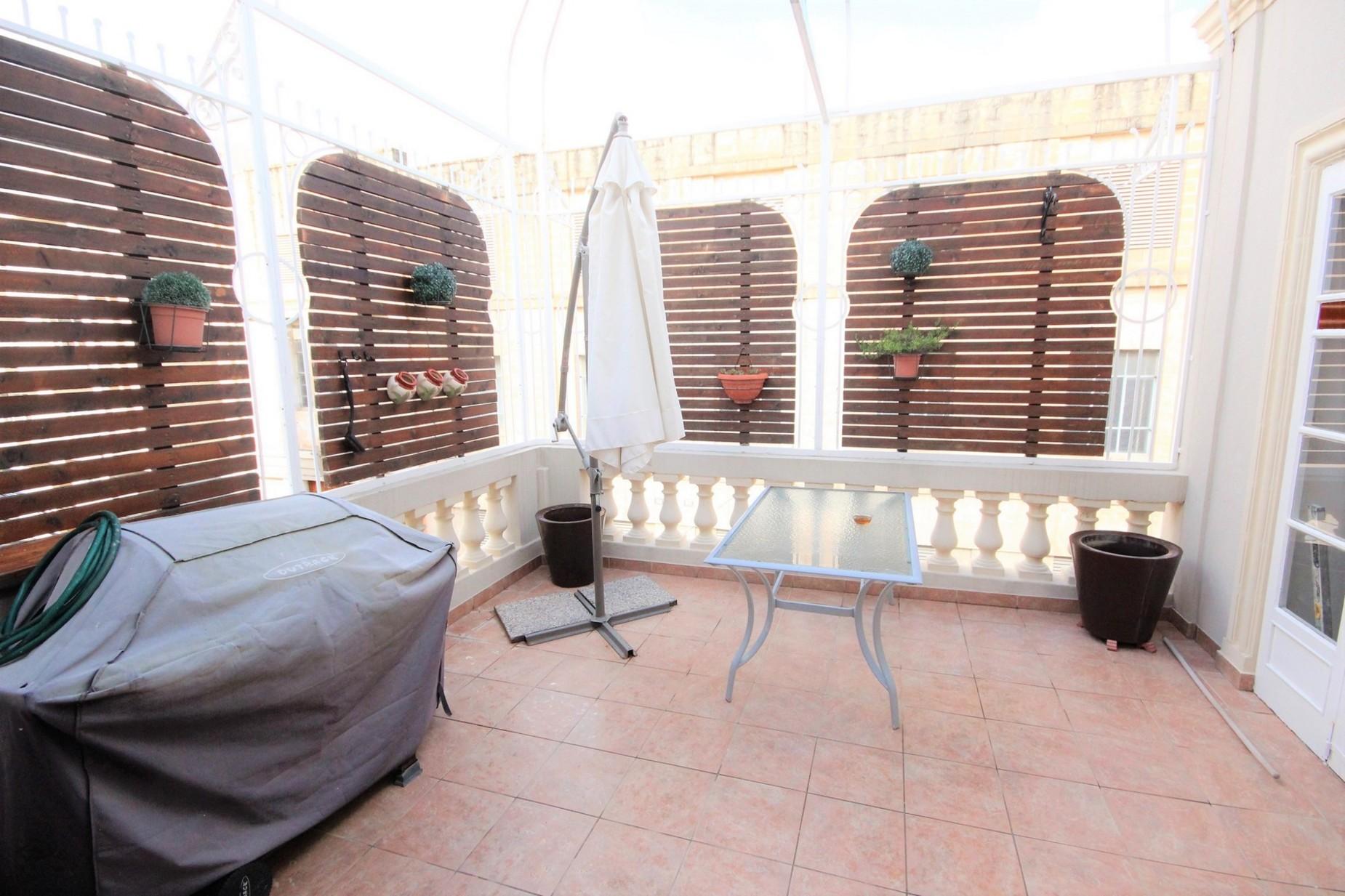 3 bed Town House For Rent in Gzira, Gzira - thumb 11