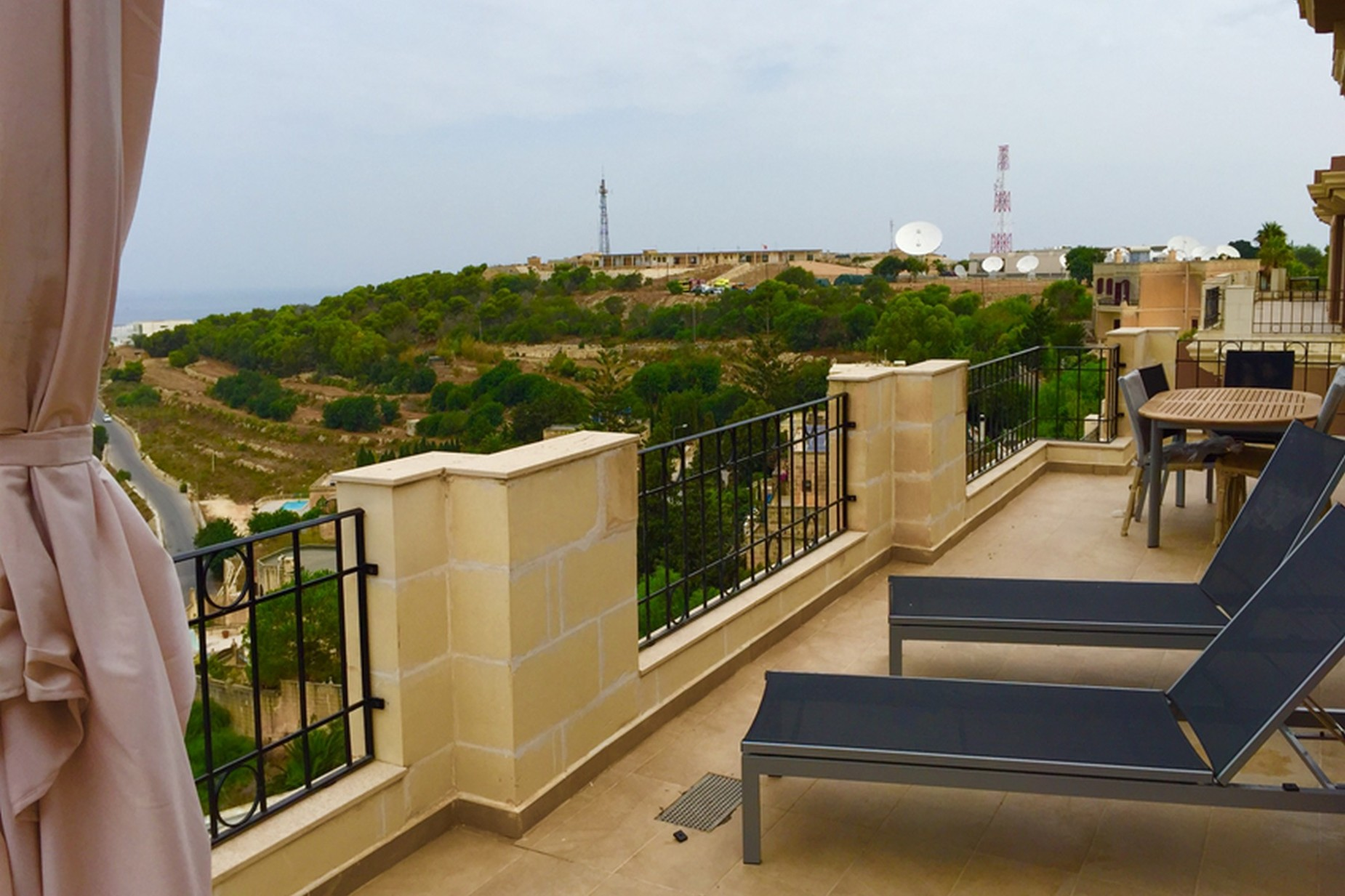 3 bed Penthouse For Rent in Swieqi, Swieqi - thumb 5