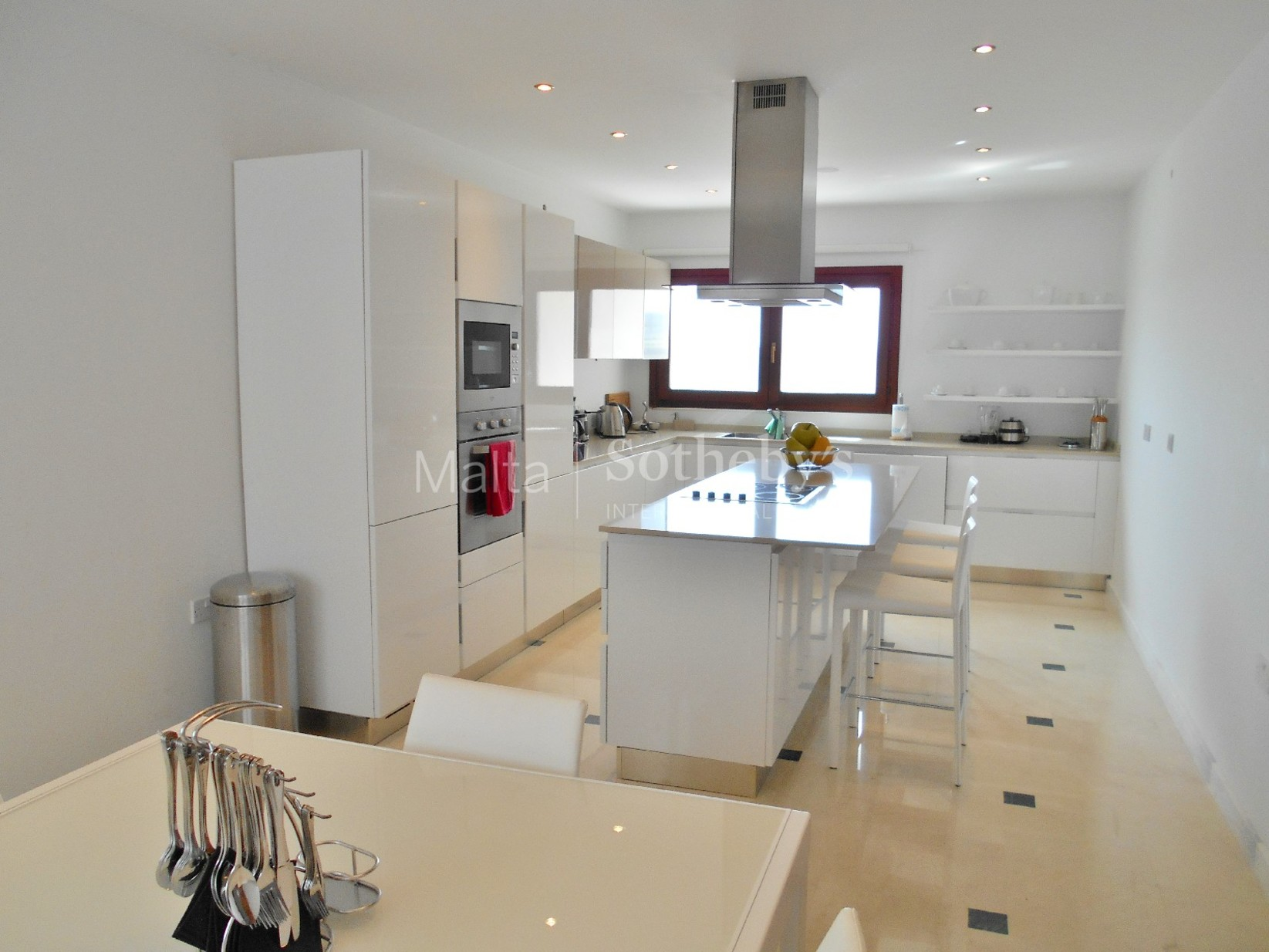 3 bed Penthouse For Rent in St Paul's Bay, St Paul's Bay - thumb 2
