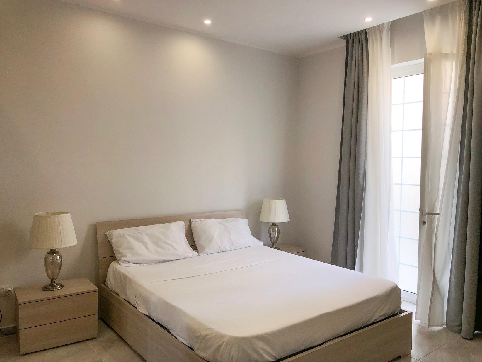 2 bed Maisonette For Rent in Ta' Xbiex, Ta' Xbiex - thumb 7