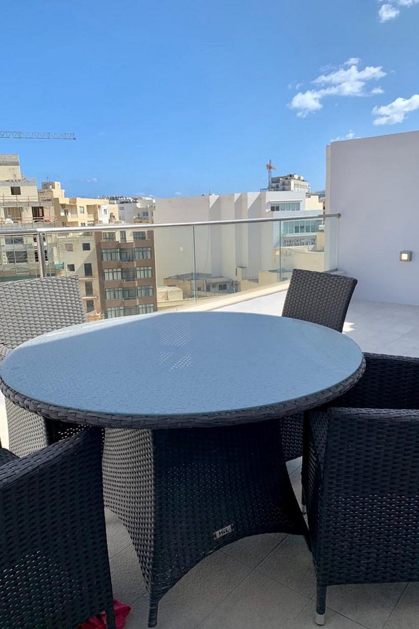 3 bed Penthouse For Rent in Sliema, Sliema - thumb 6
