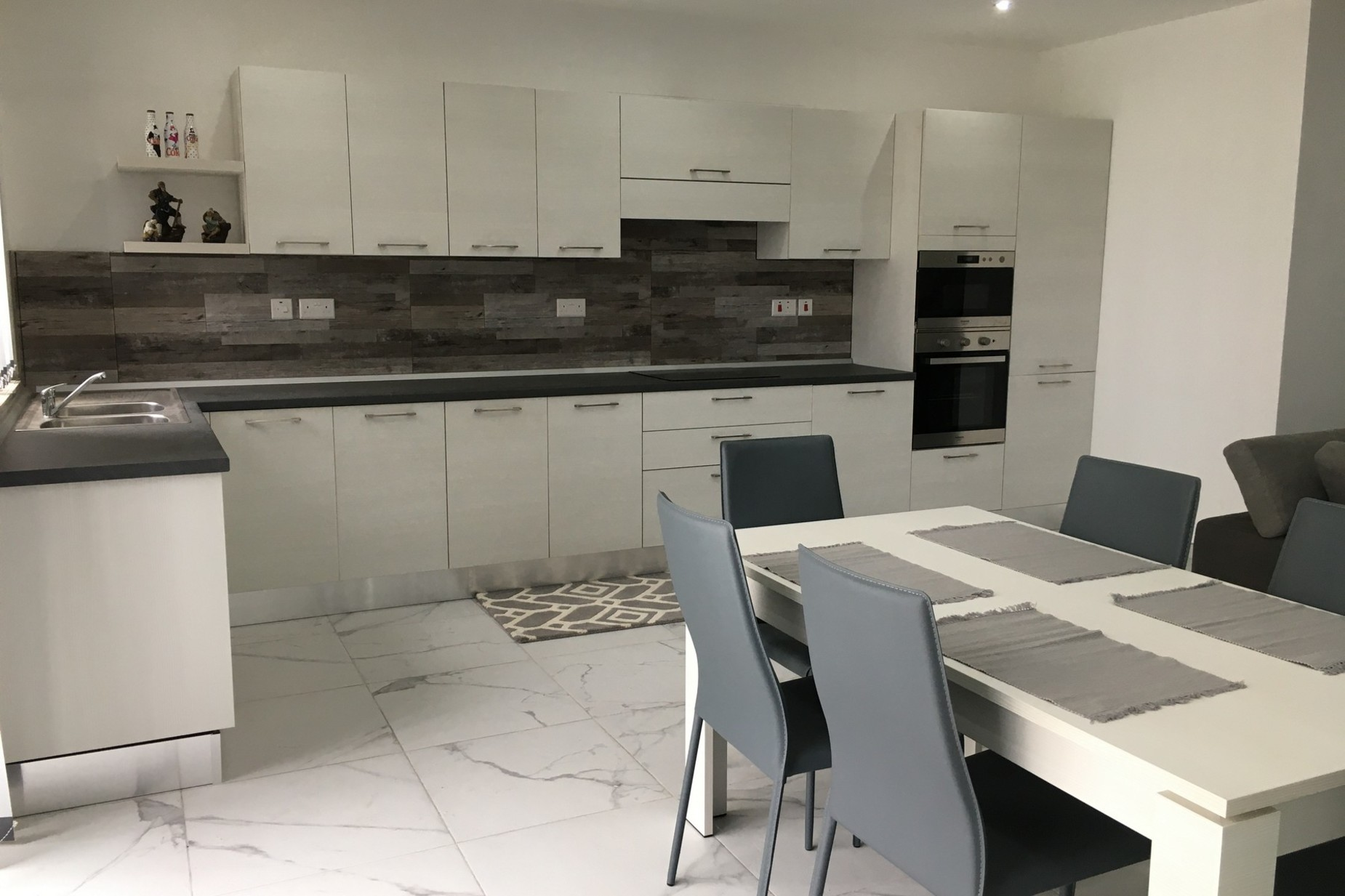 2 bed Apartment For Sale in Ibragg, Ibragg - thumb 4