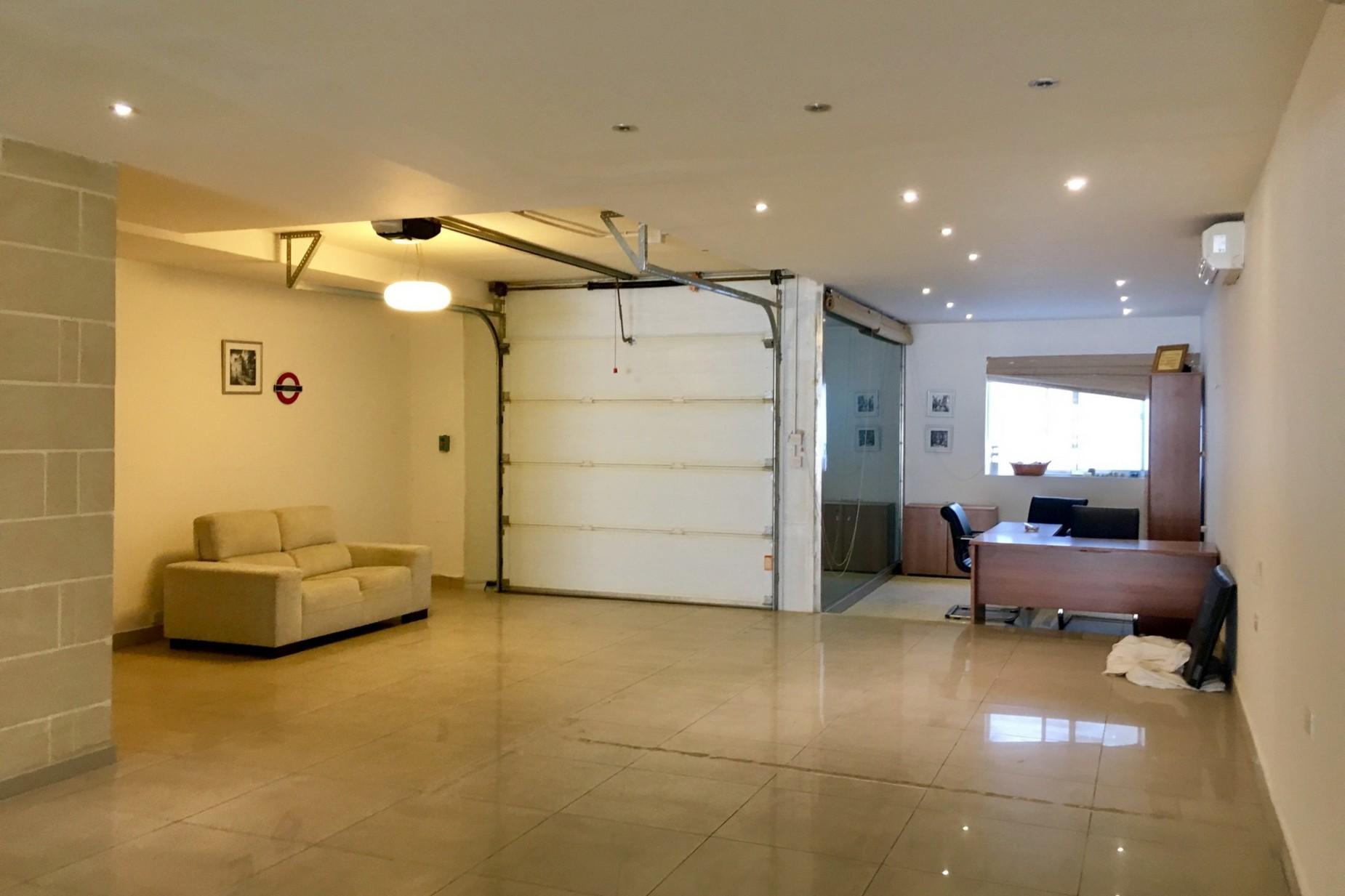 0 bed Garage For Sale in St Julian's, St Julian's - thumb 3