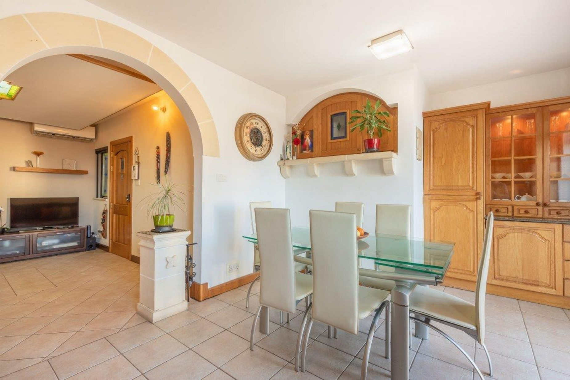 3 bed Apartment For Sale in Attard, Attard - thumb 4
