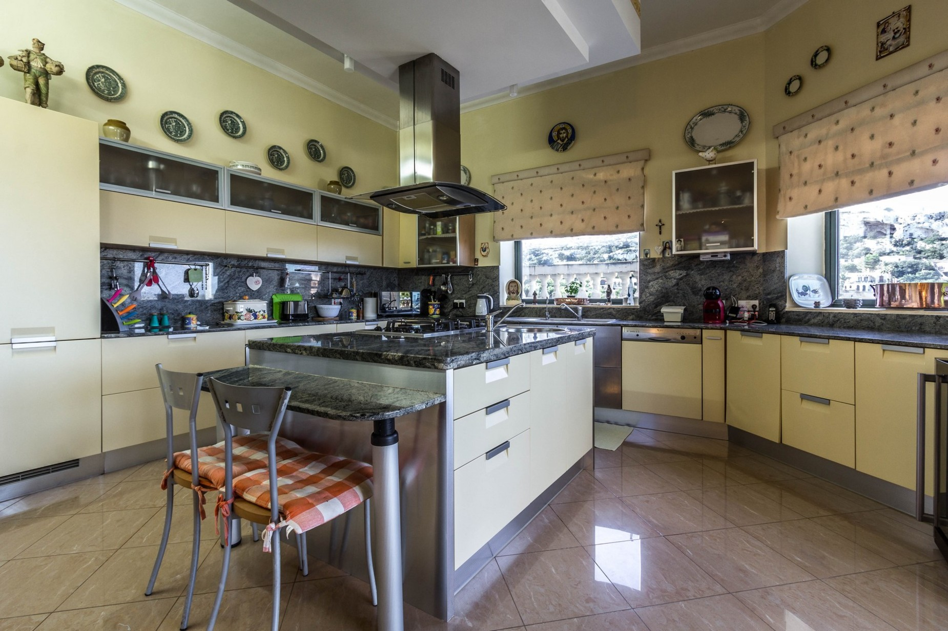 7 bed Villa For Sale in Mellieha, Mellieha - thumb 9