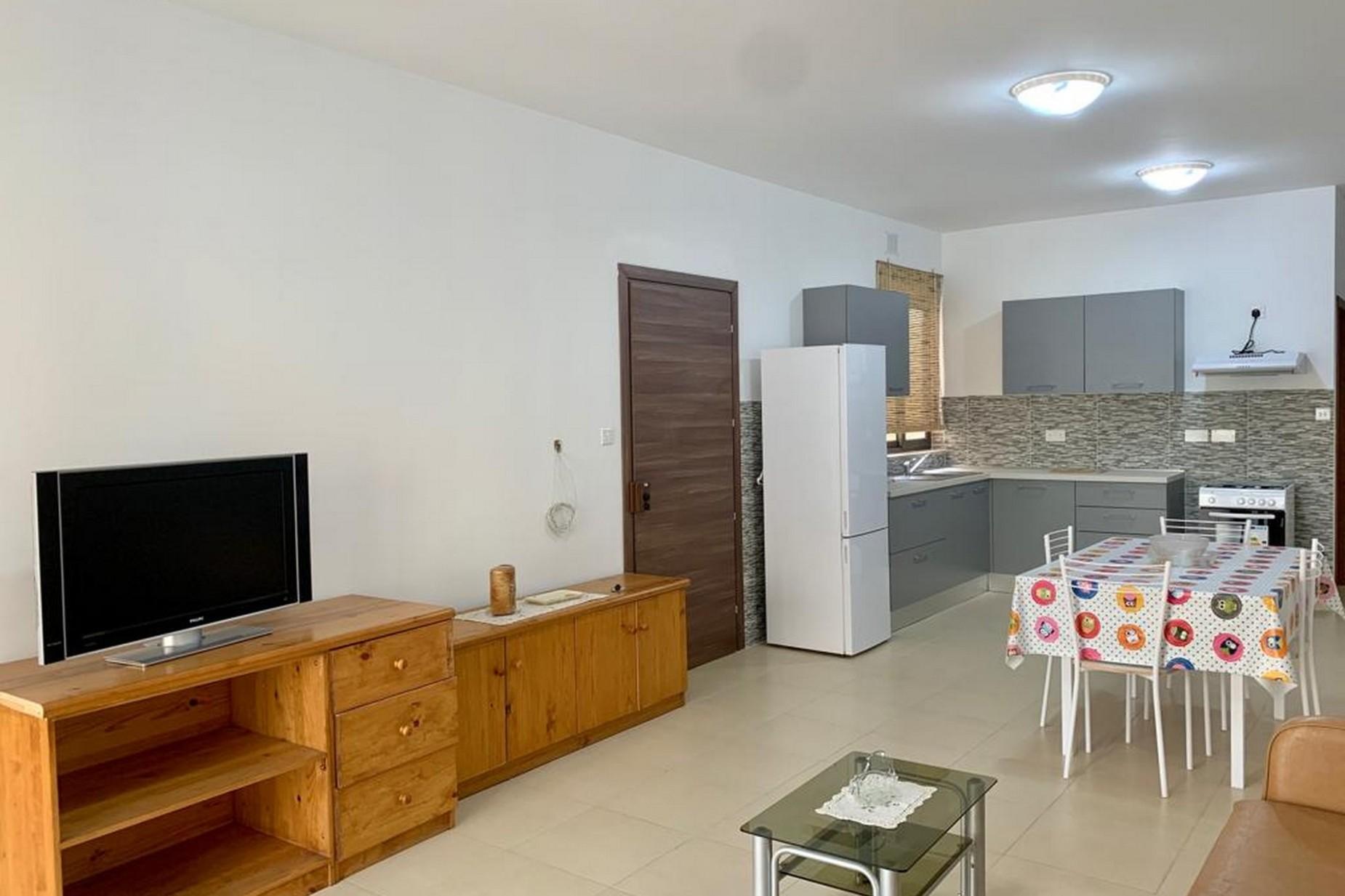 3 bed Apartment For Rent in Qormi, Qormi - thumb 4