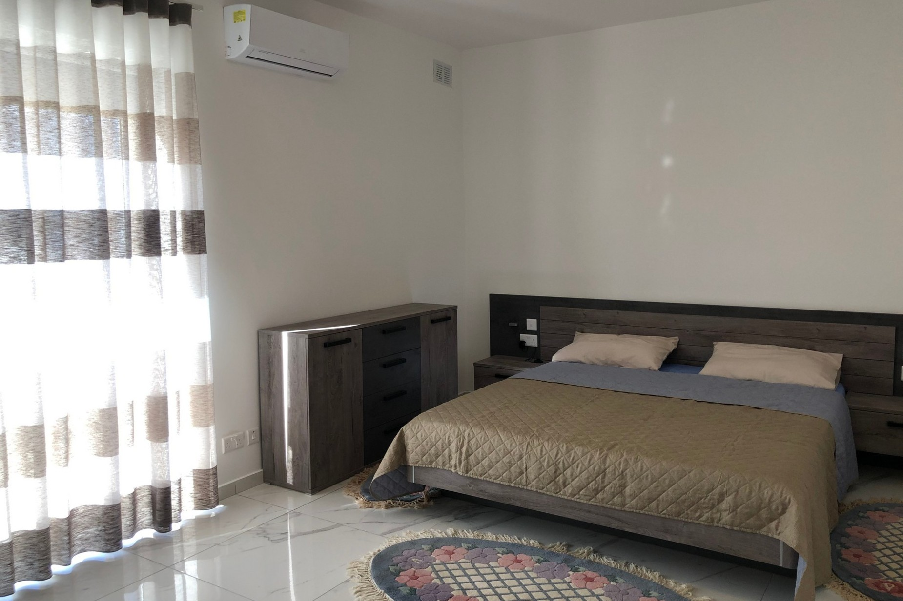 3 bed Penthouse For Rent in Bahar ic-Caghaq, Bahar ic-Caghaq - thumb 5