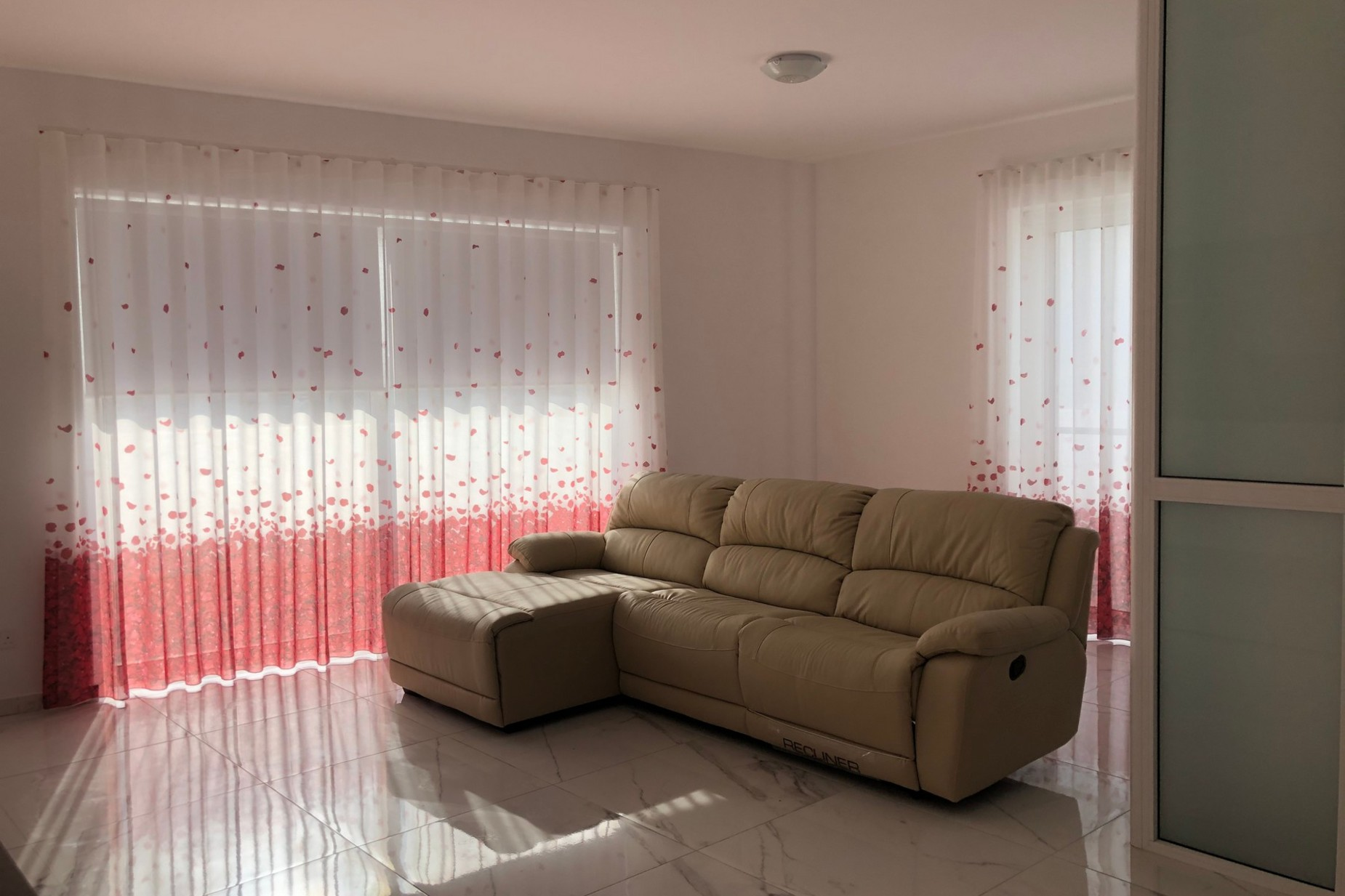 3 bed Penthouse For Rent in Bahar ic-Caghaq, Bahar ic-Caghaq - thumb 3