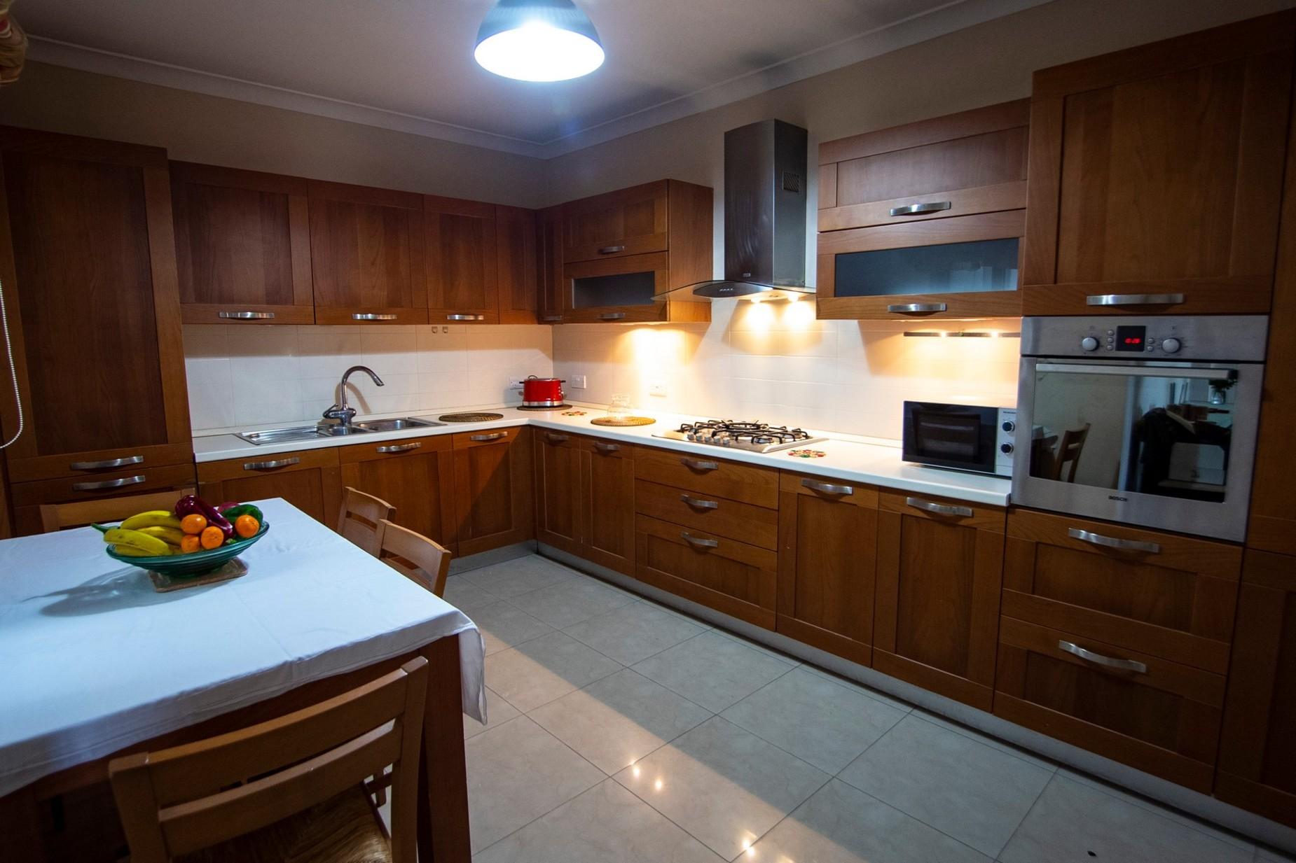 4 bed Apartment For Rent in Naxxar, Naxxar - thumb 4