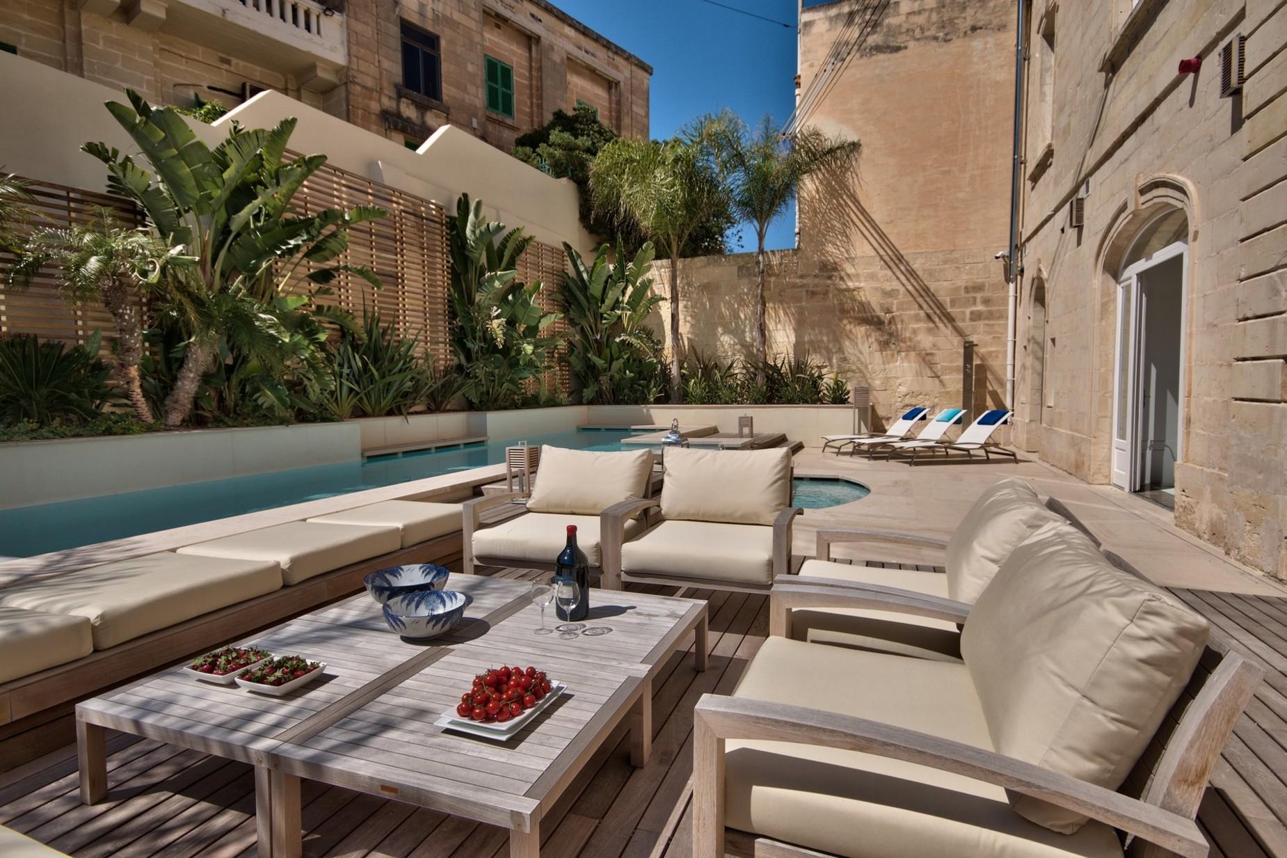 5 bed Villa For Sale in Ta' Xbiex, Ta' Xbiex - thumb 9