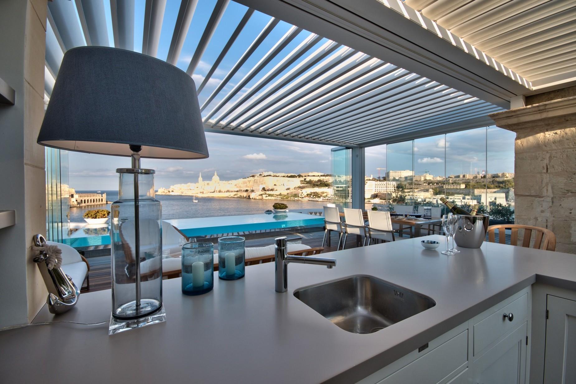 5 bed Villa For Sale in Ta' Xbiex, Ta' Xbiex - thumb 3