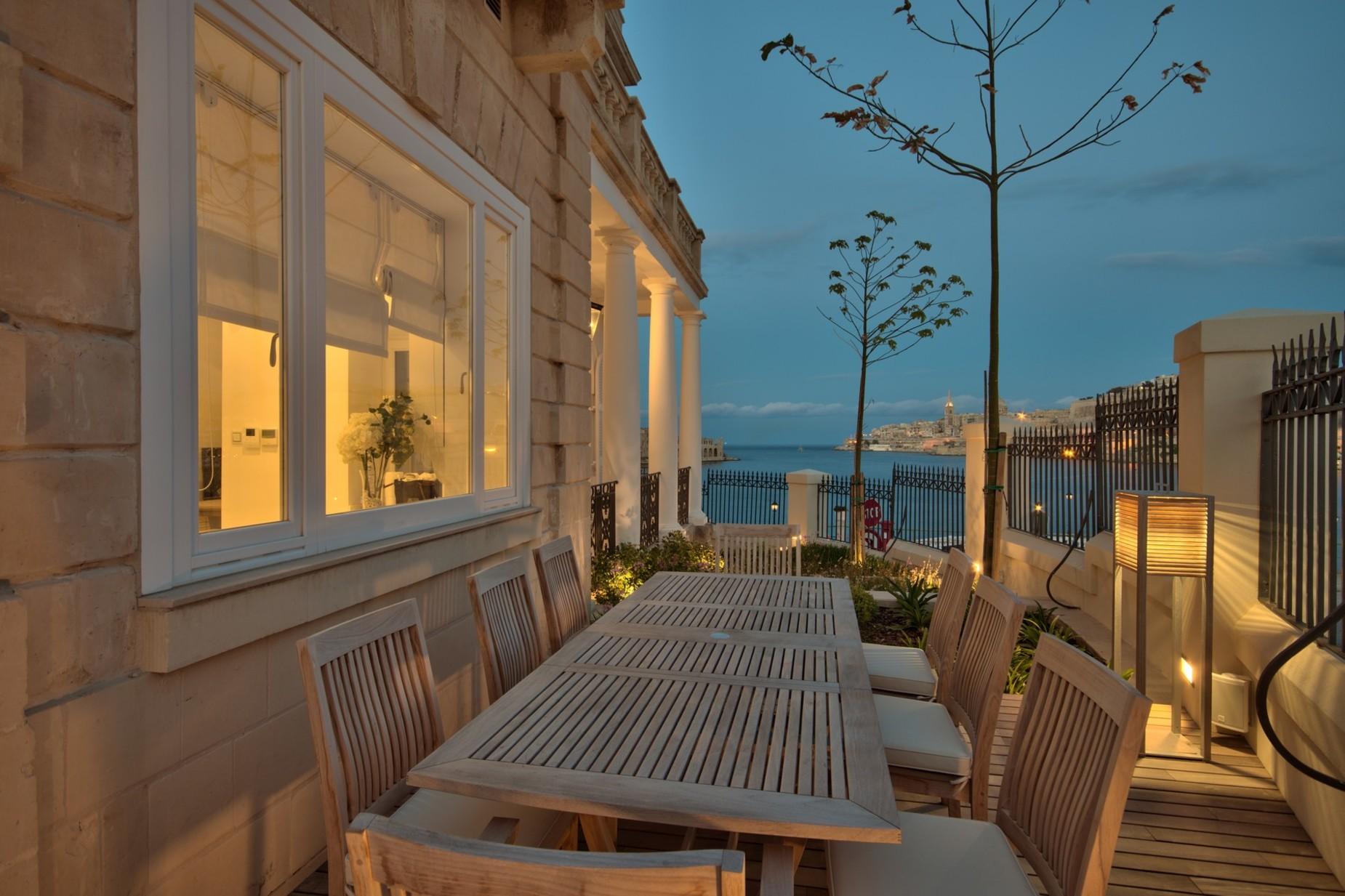5 bed Villa For Sale in Ta' Xbiex, Ta' Xbiex - thumb 11