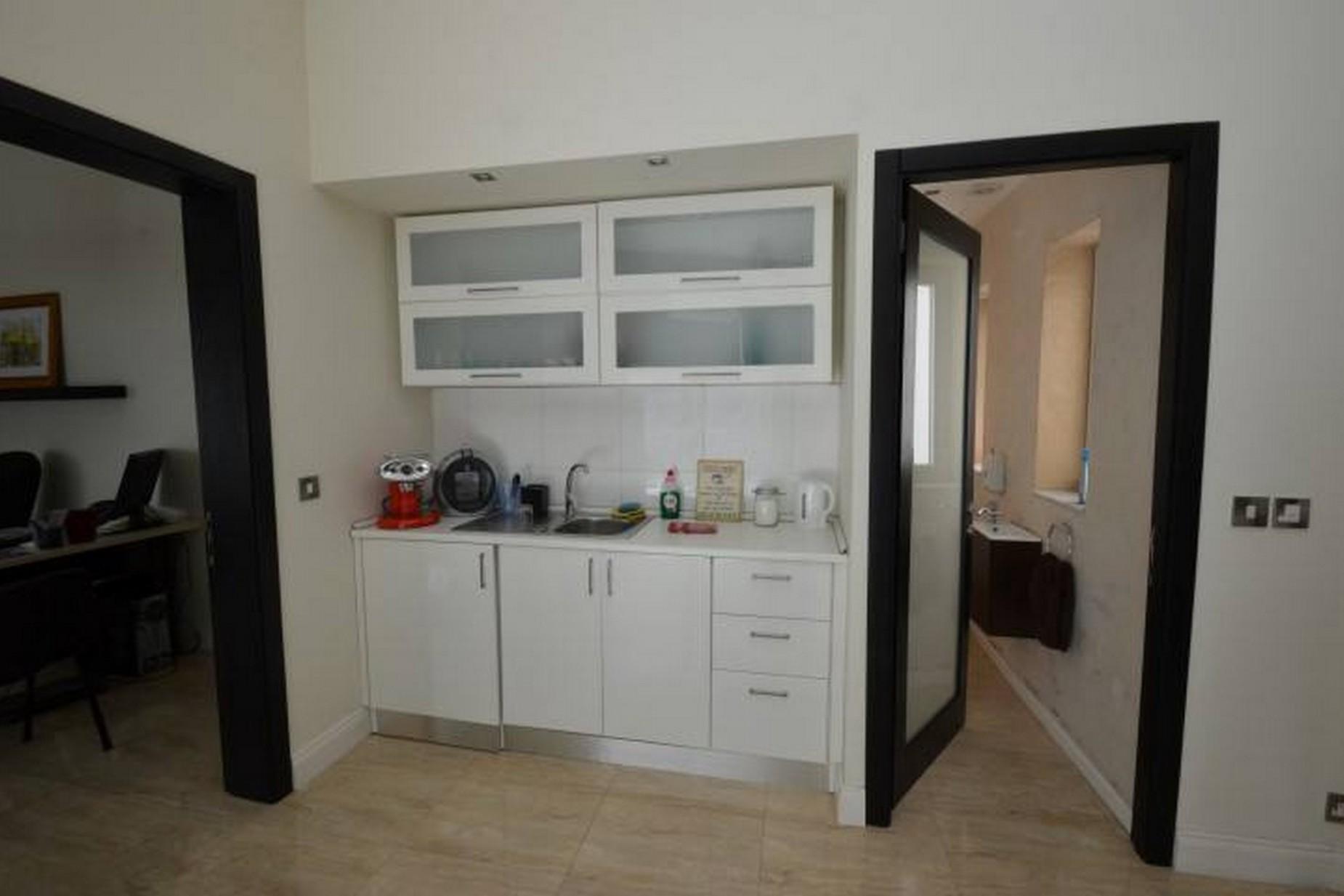 0 bed Office For Rent in Ta' Xbiex, Ta' Xbiex - thumb 4