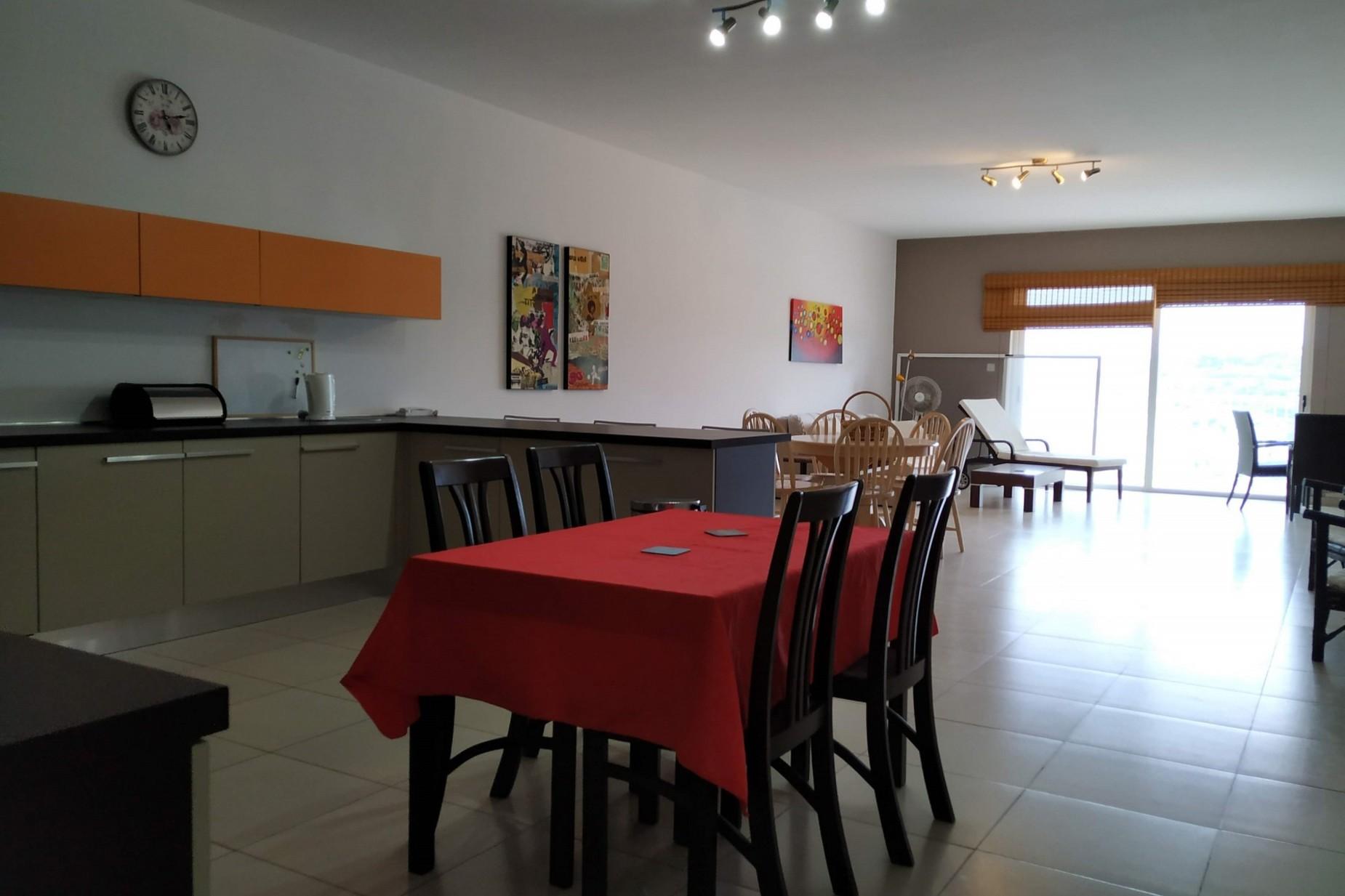 3 bed Apartment For Rent in Xemxija, Xemxija - thumb 7