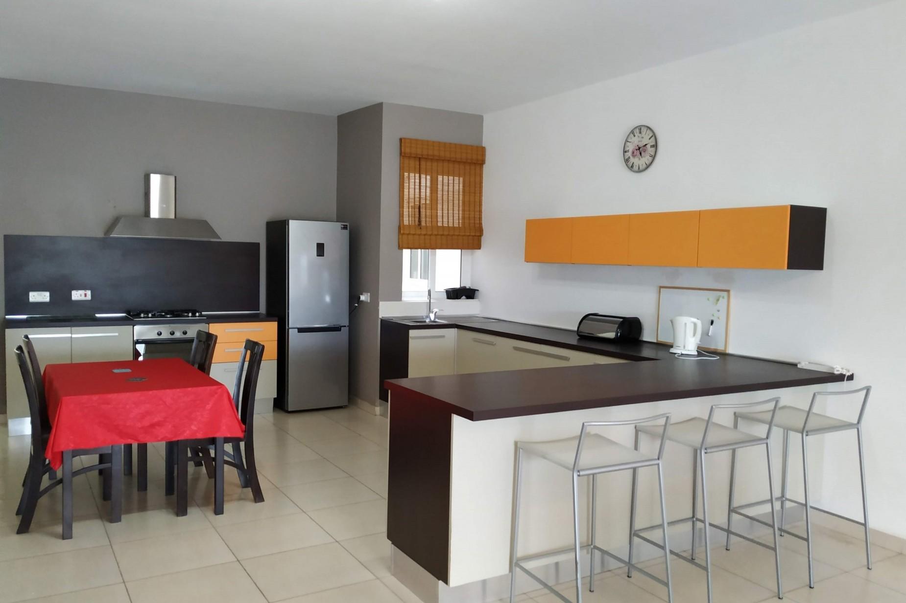 3 bed Apartment For Rent in Xemxija, Xemxija - thumb 6