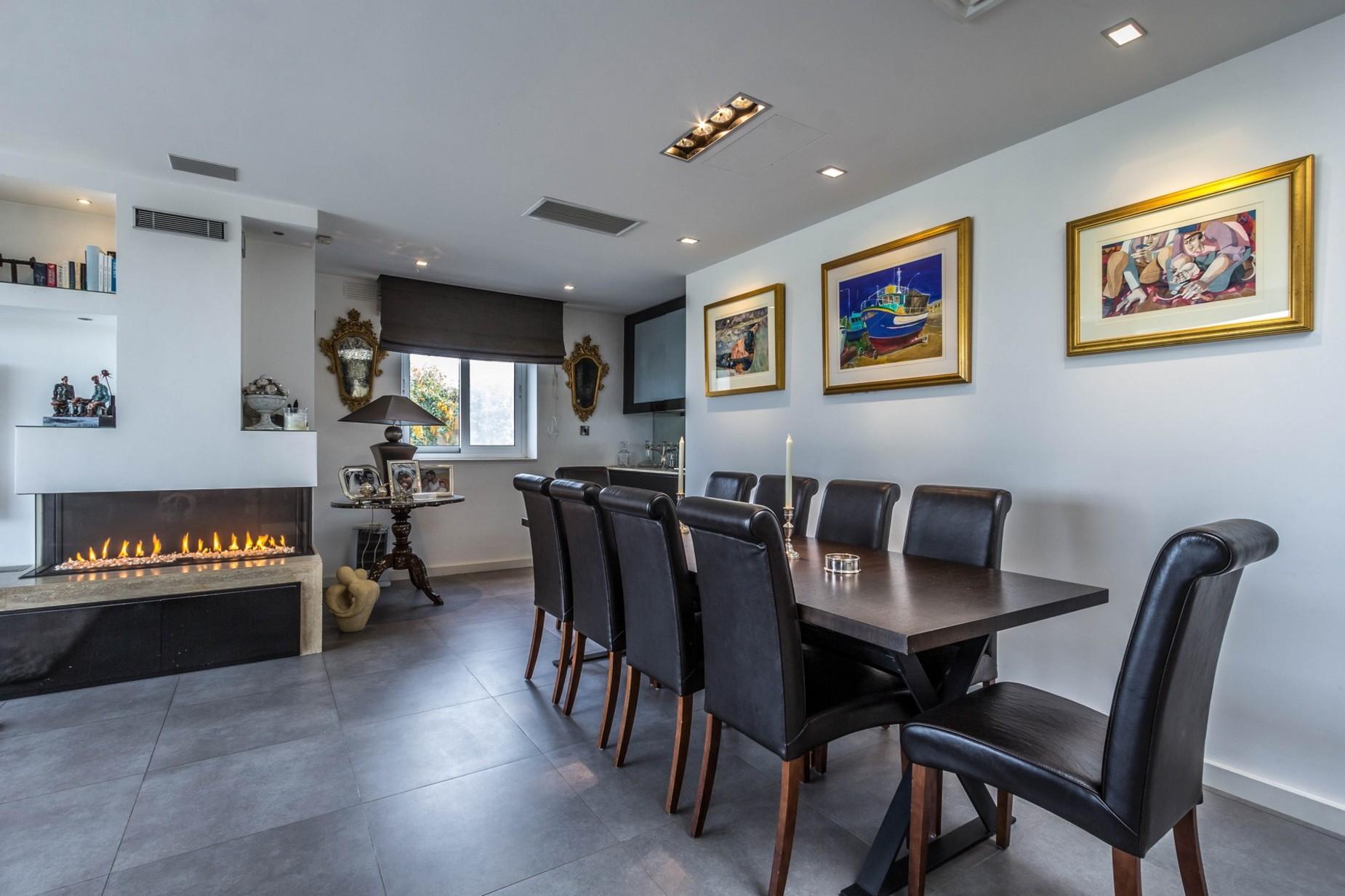 3 bed Villa For Sale in Naxxar, Naxxar - thumb 12