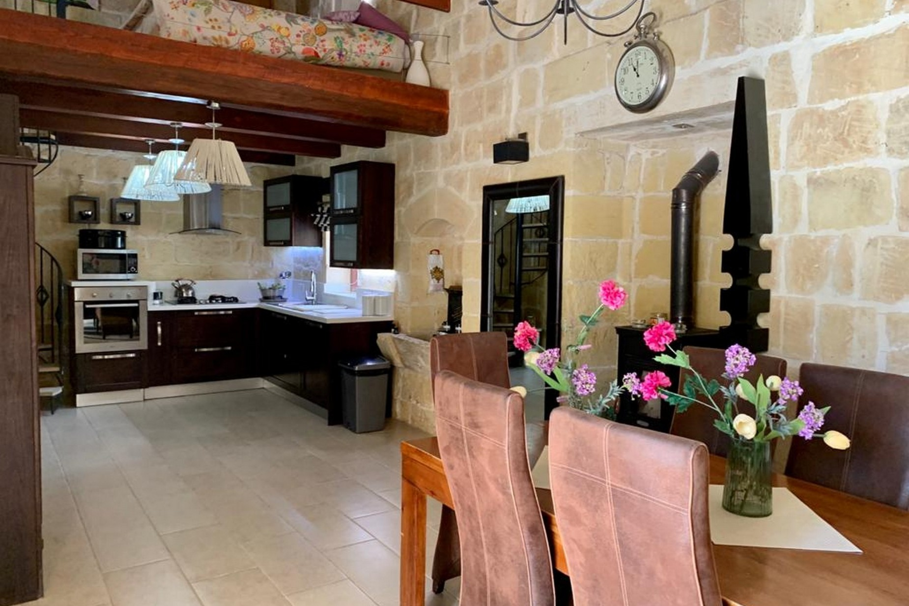 2 bed Farmhouse For Rent in Mosta, Mosta - thumb 8