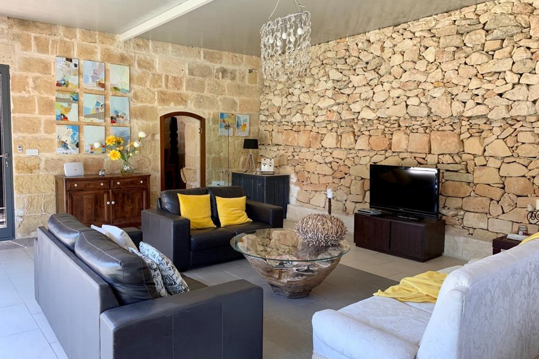 2 bed Farmhouse For Rent in Mosta, Mosta - thumb 6