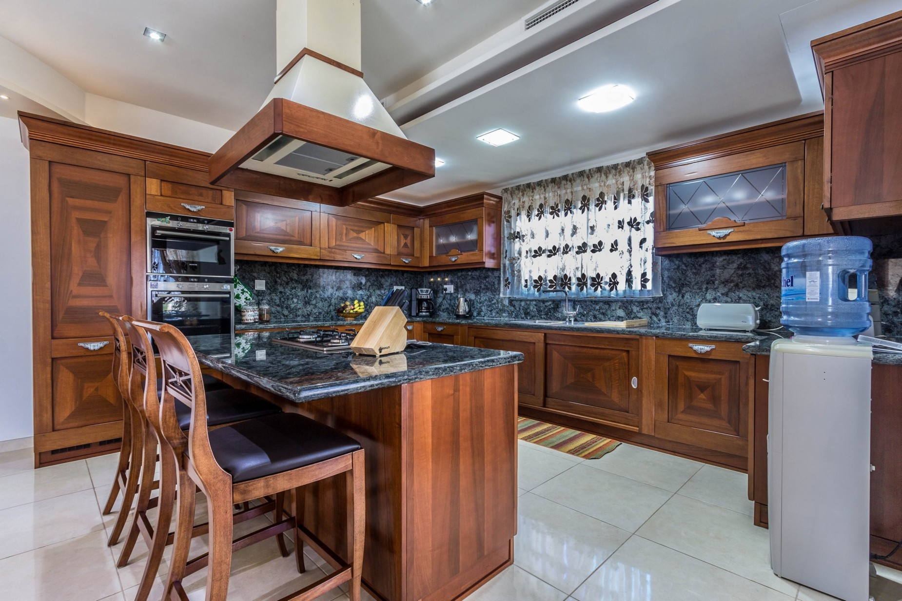 4 bed Villa For Sale in Naxxar, Naxxar - thumb 4