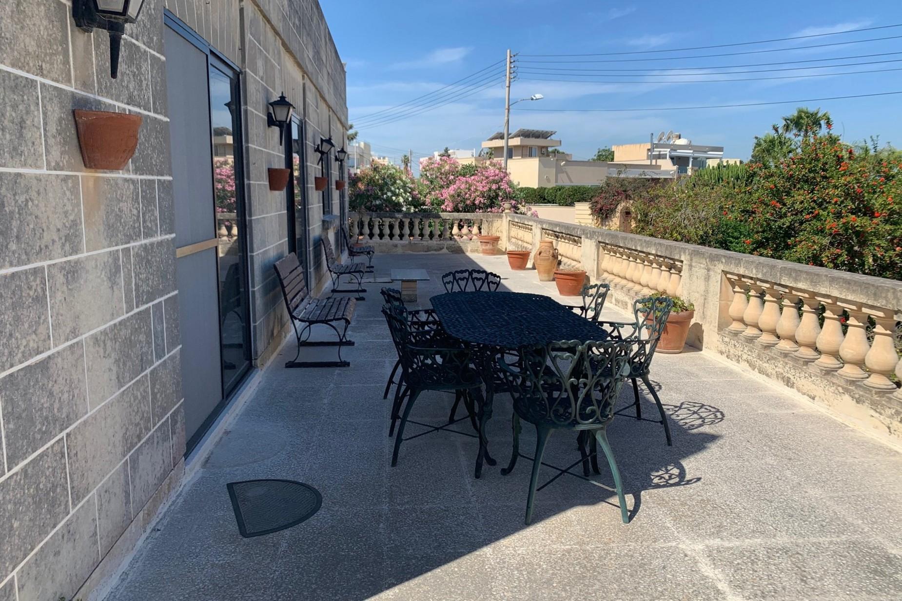 6 bed Villa For Rent in Naxxar, Naxxar - thumb 17