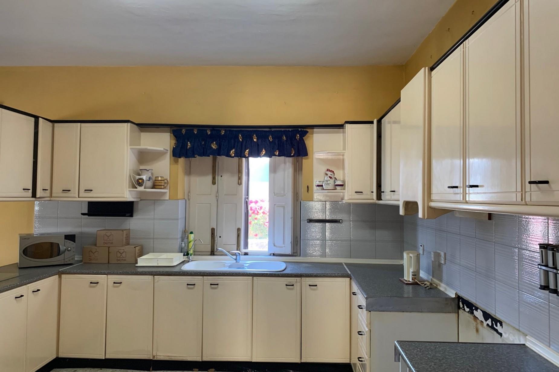 6 bed Villa For Rent in Naxxar, Naxxar - thumb 11