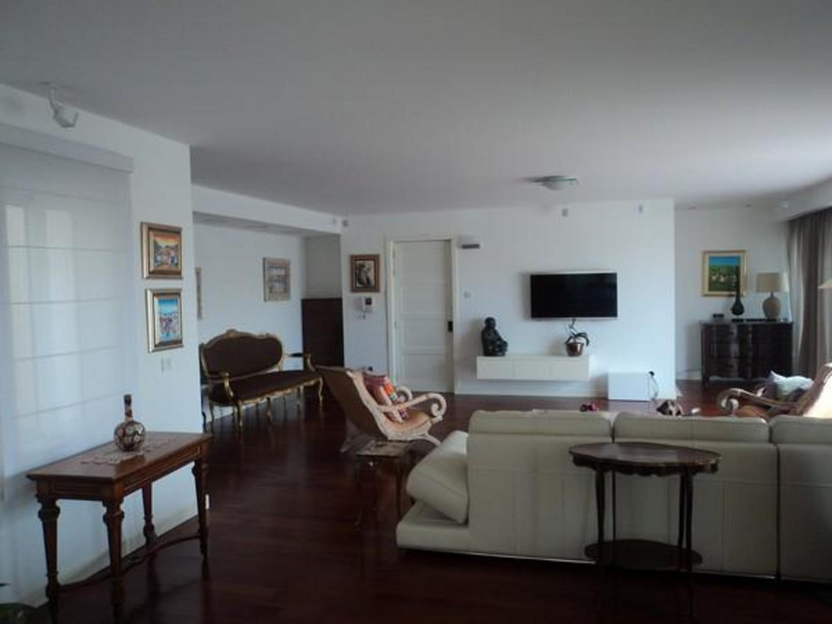 7 bed Penthouse For Rent in Ta' Xbiex, Ta' Xbiex - thumb 9