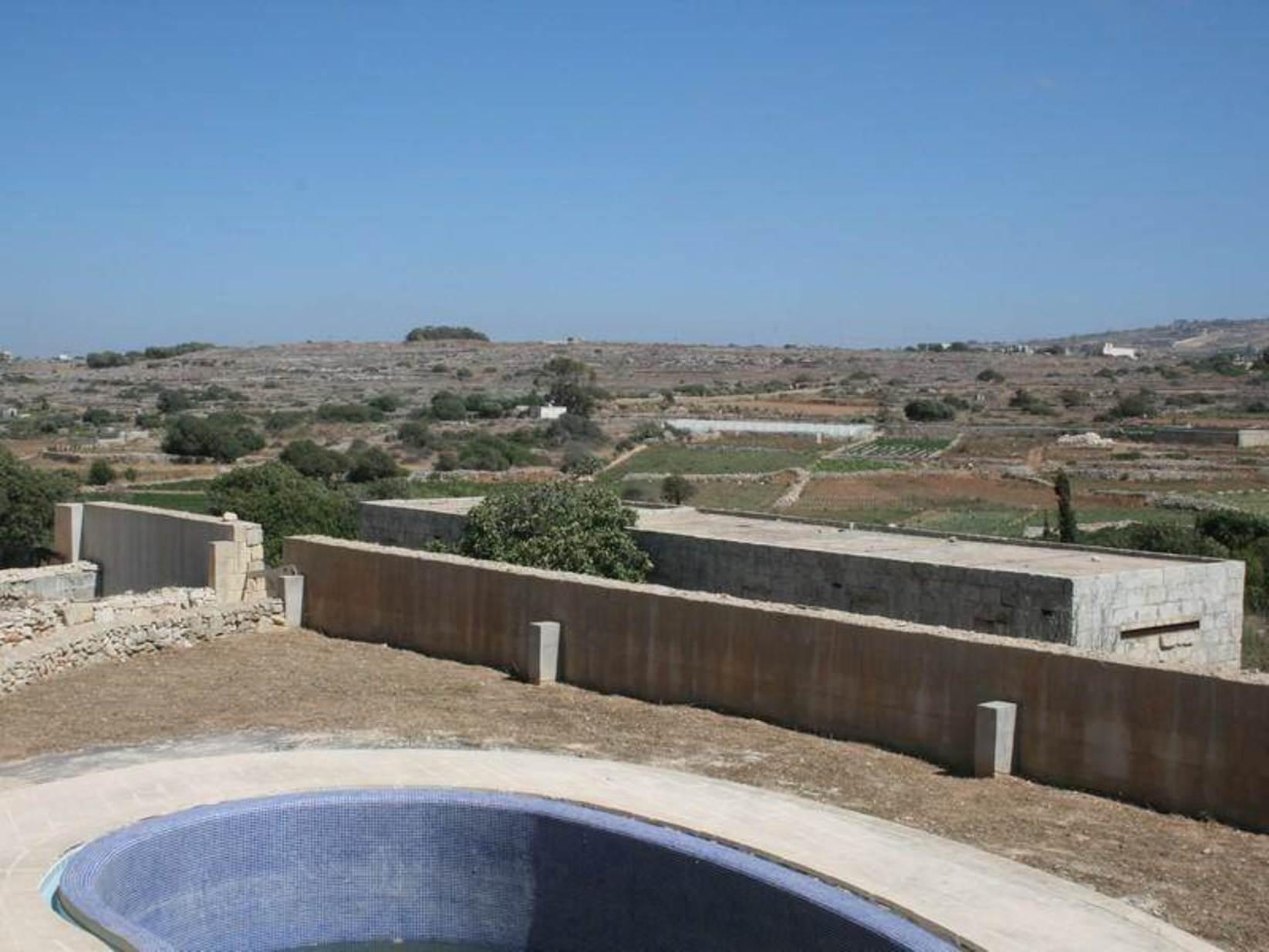 5 bed Villa For Sale in Wardija, Wardija - thumb 2