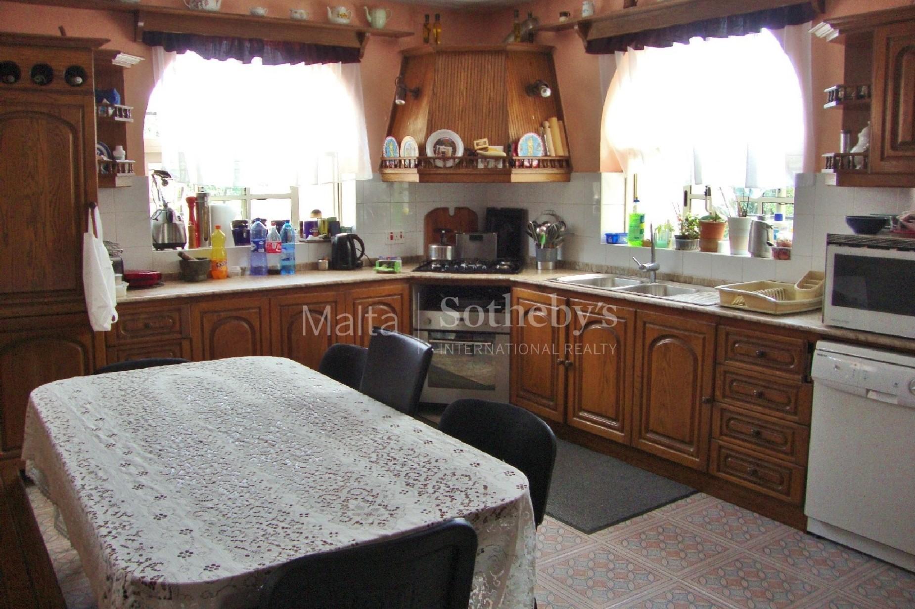 4 bed Villa For Sale in Rabat, Rabat - thumb 14