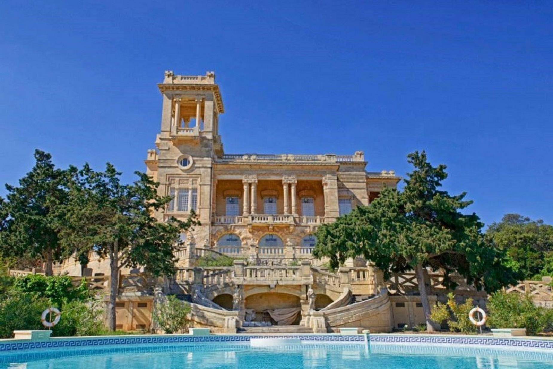 6 bed Palazzo For Rent in St Julian's, St Julian's - thumb 3