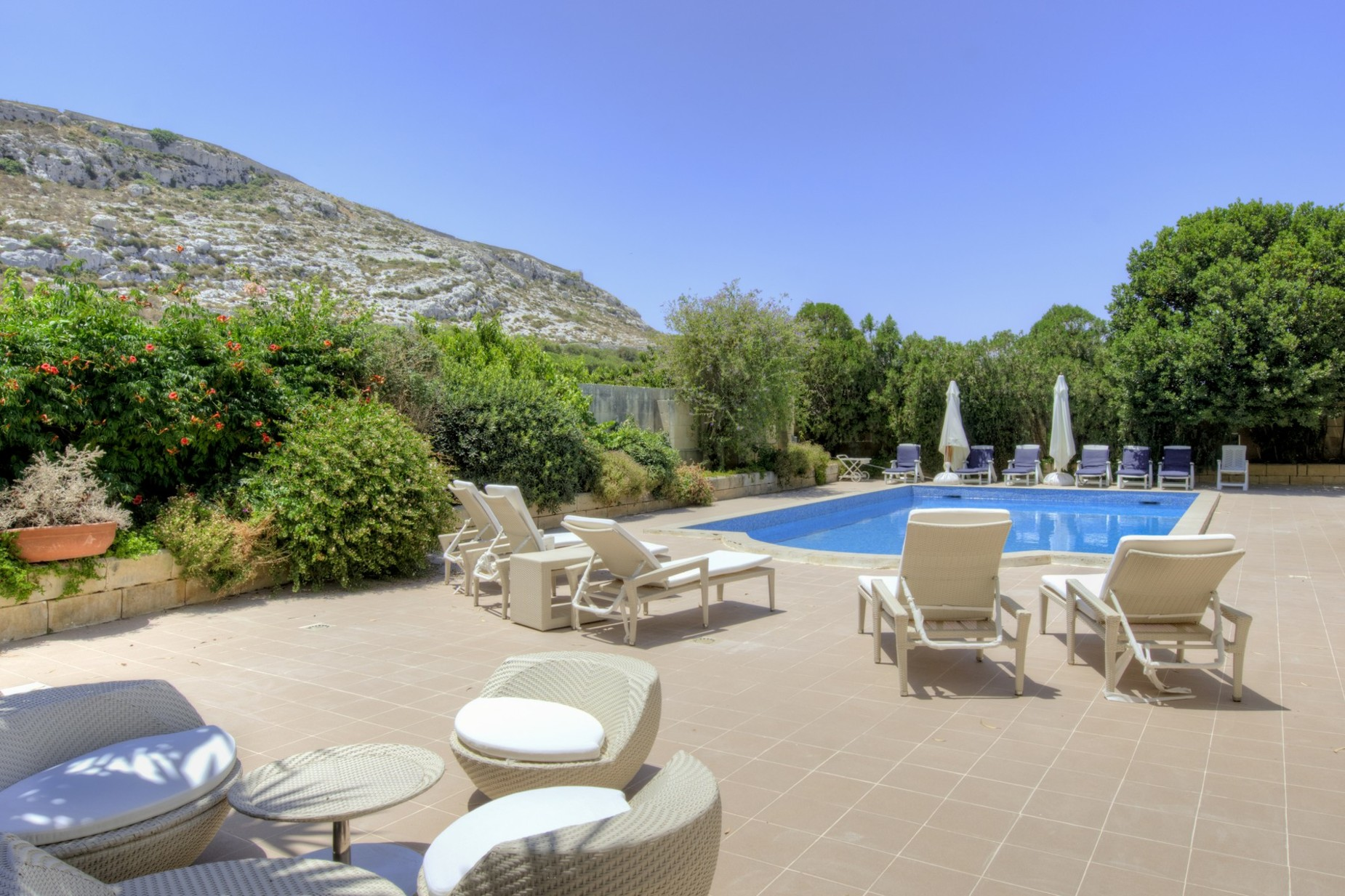 4 bed Villa For Sale in Bahar ic-Caghaq, Bahar ic-Caghaq - thumb 10
