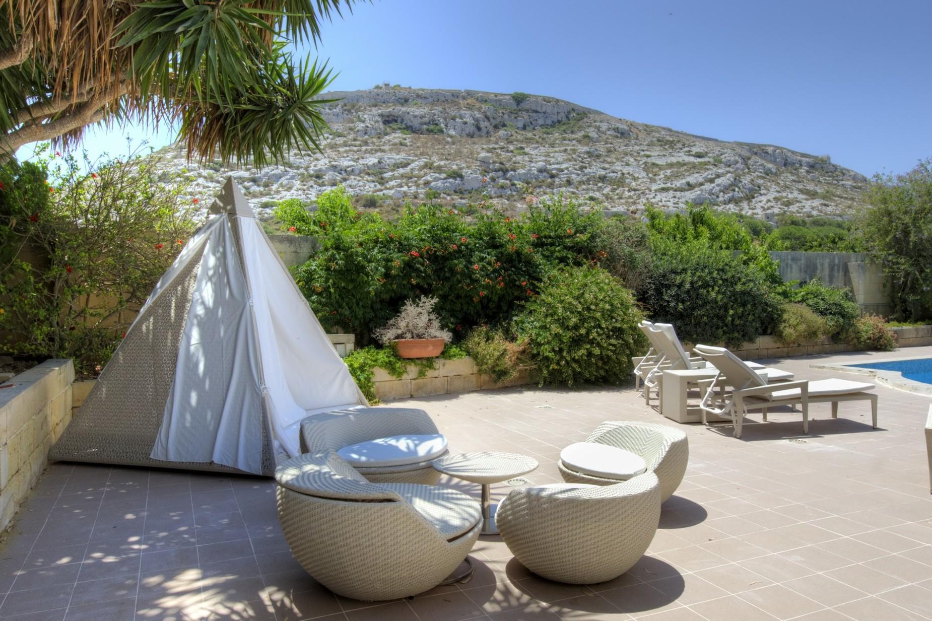 4 bed Villa For Sale in Bahar ic-Caghaq, Bahar ic-Caghaq - thumb 11