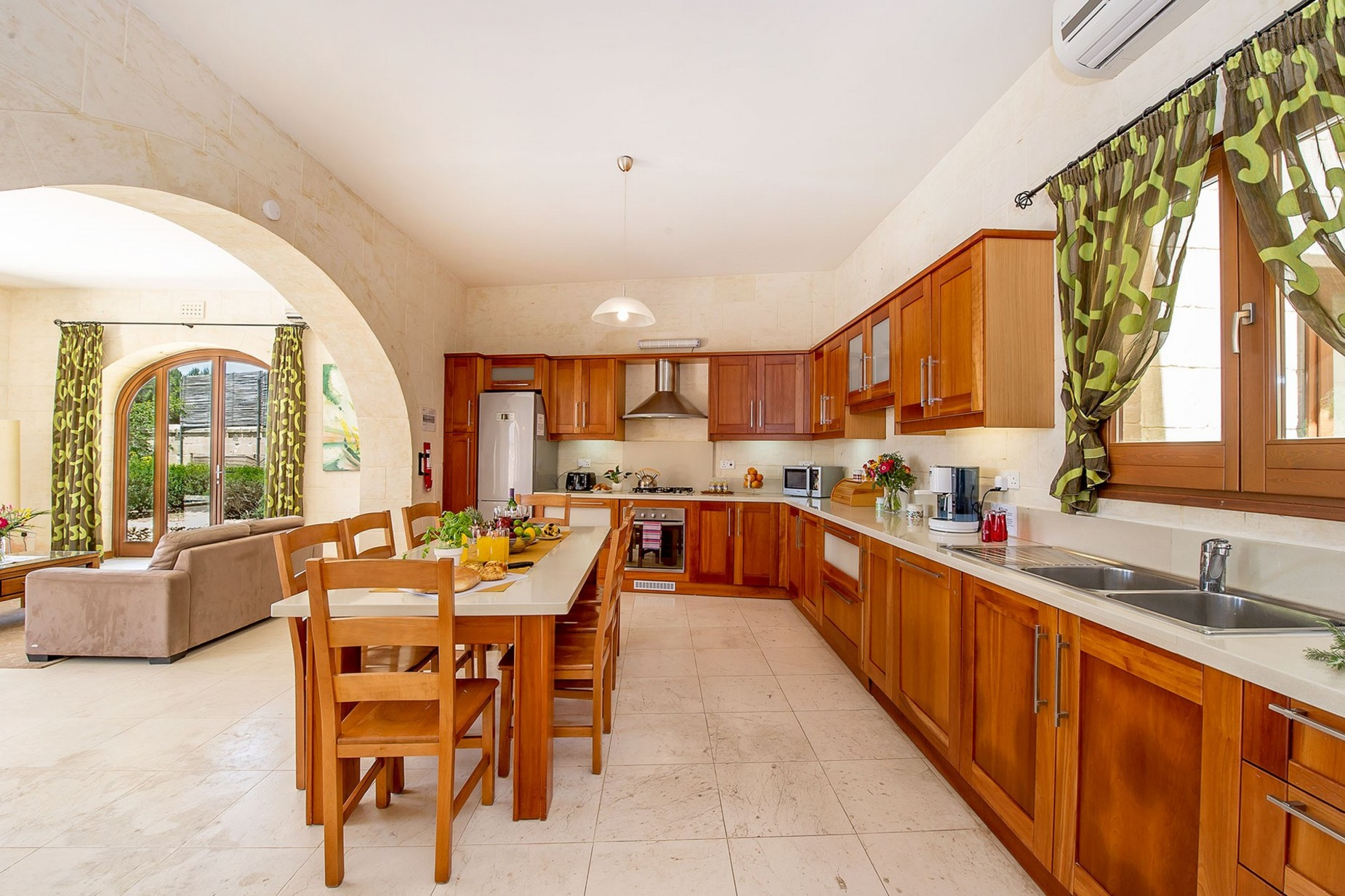 4 bed House of Character For Sale in San Lawrenz, San Lawrenz - thumb 9