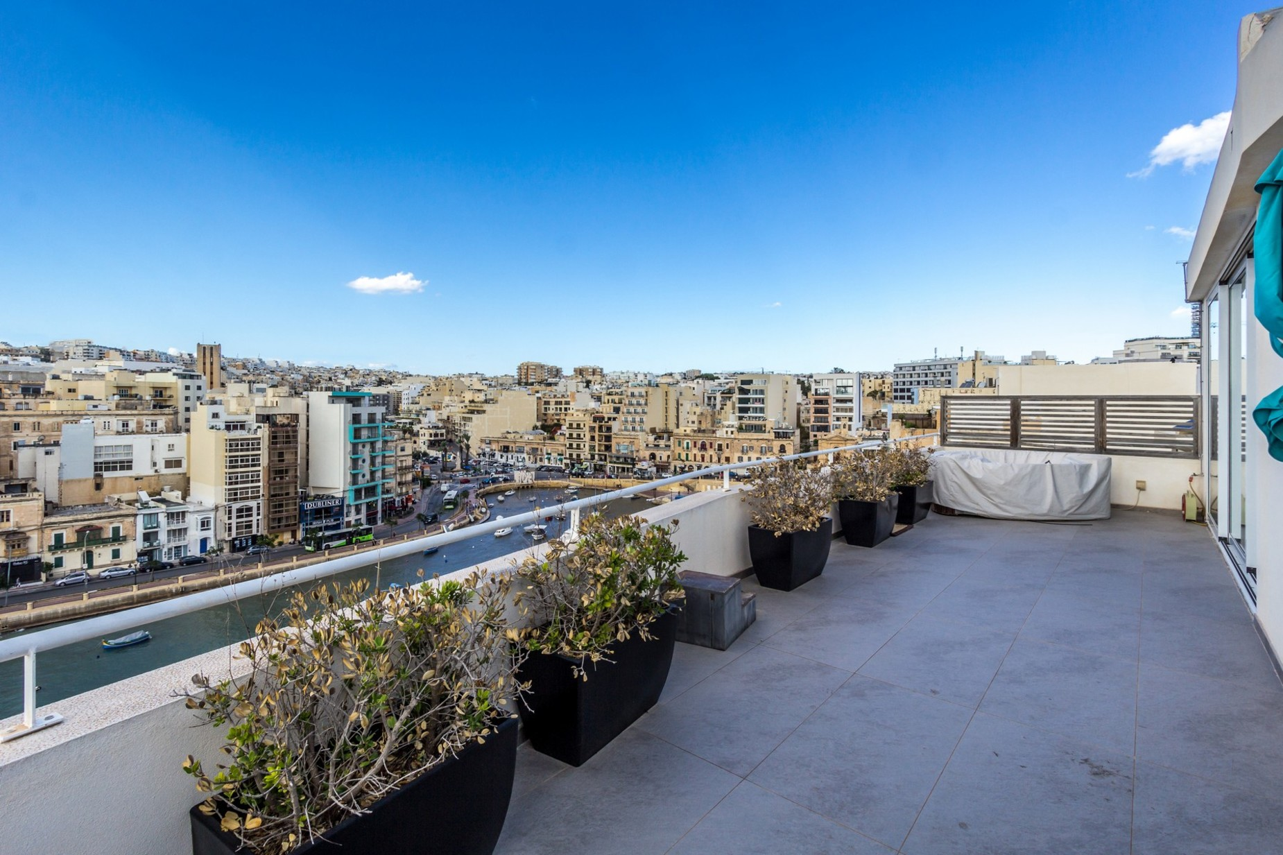 2 bed Penthouse For Rent in St Julian's, St Julian's - thumb 13