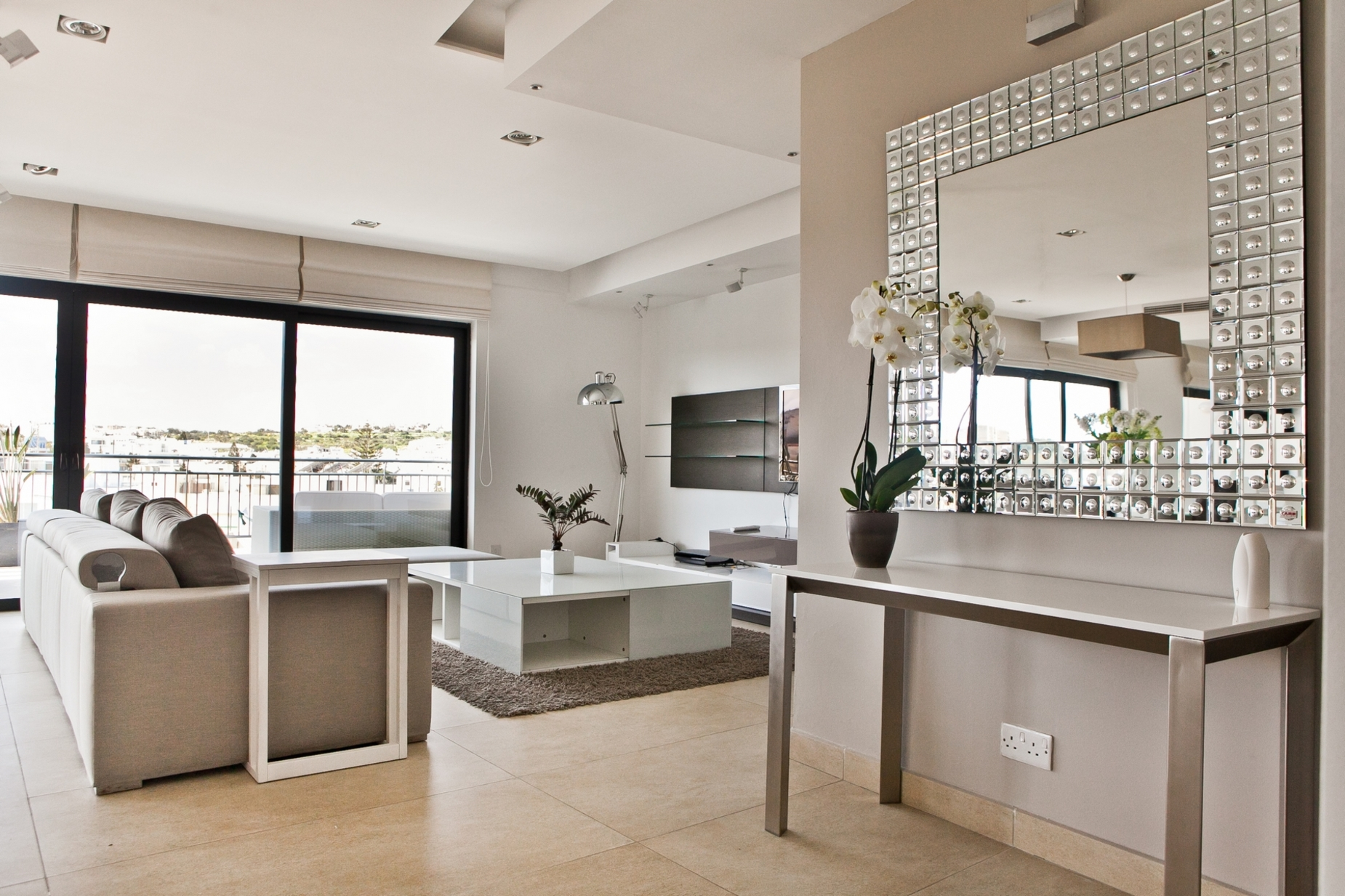 4 bed Apartment For Rent in St Julian's, St Julian's - thumb 7