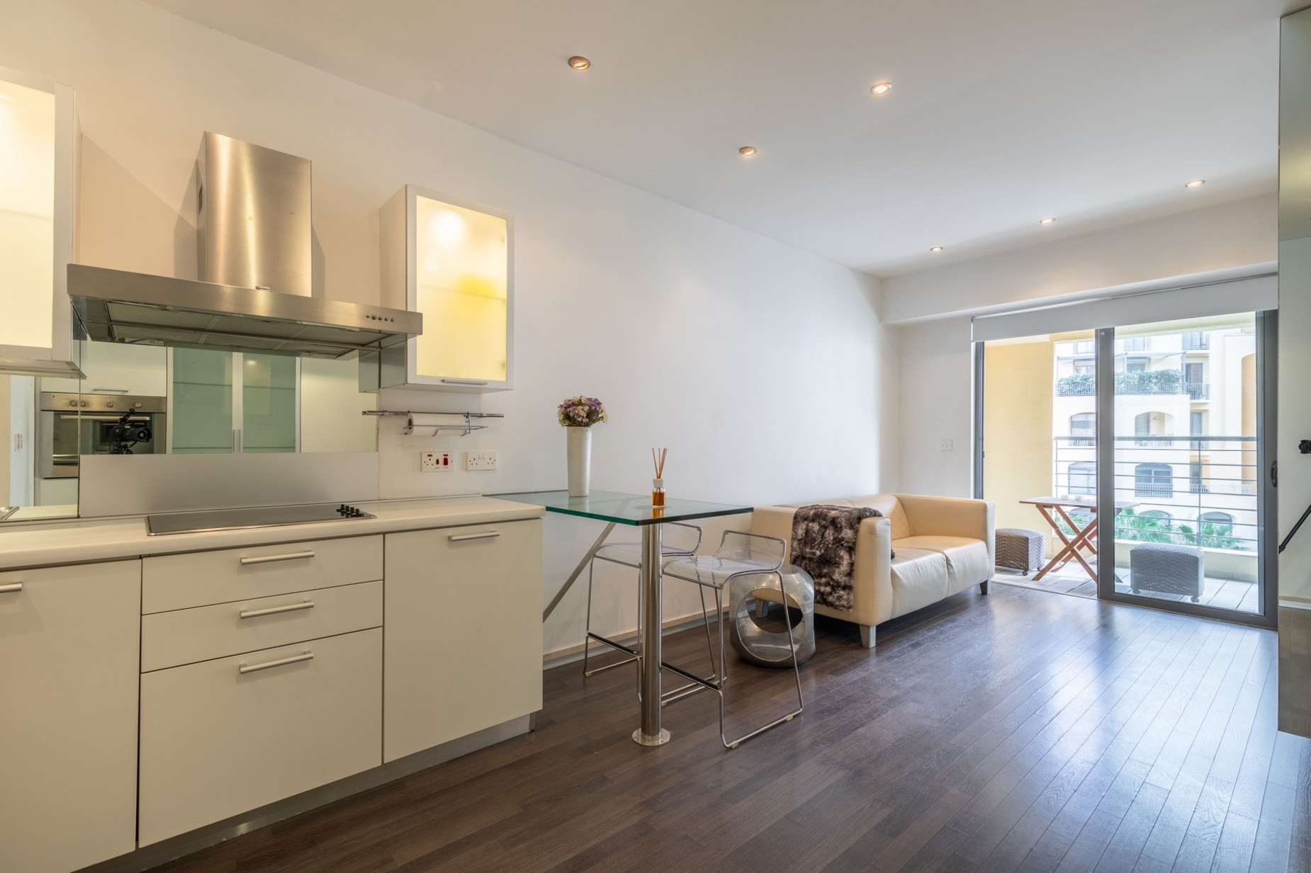 1 bed Apartment For Sale in St Julian's, St Julian's - thumb 6