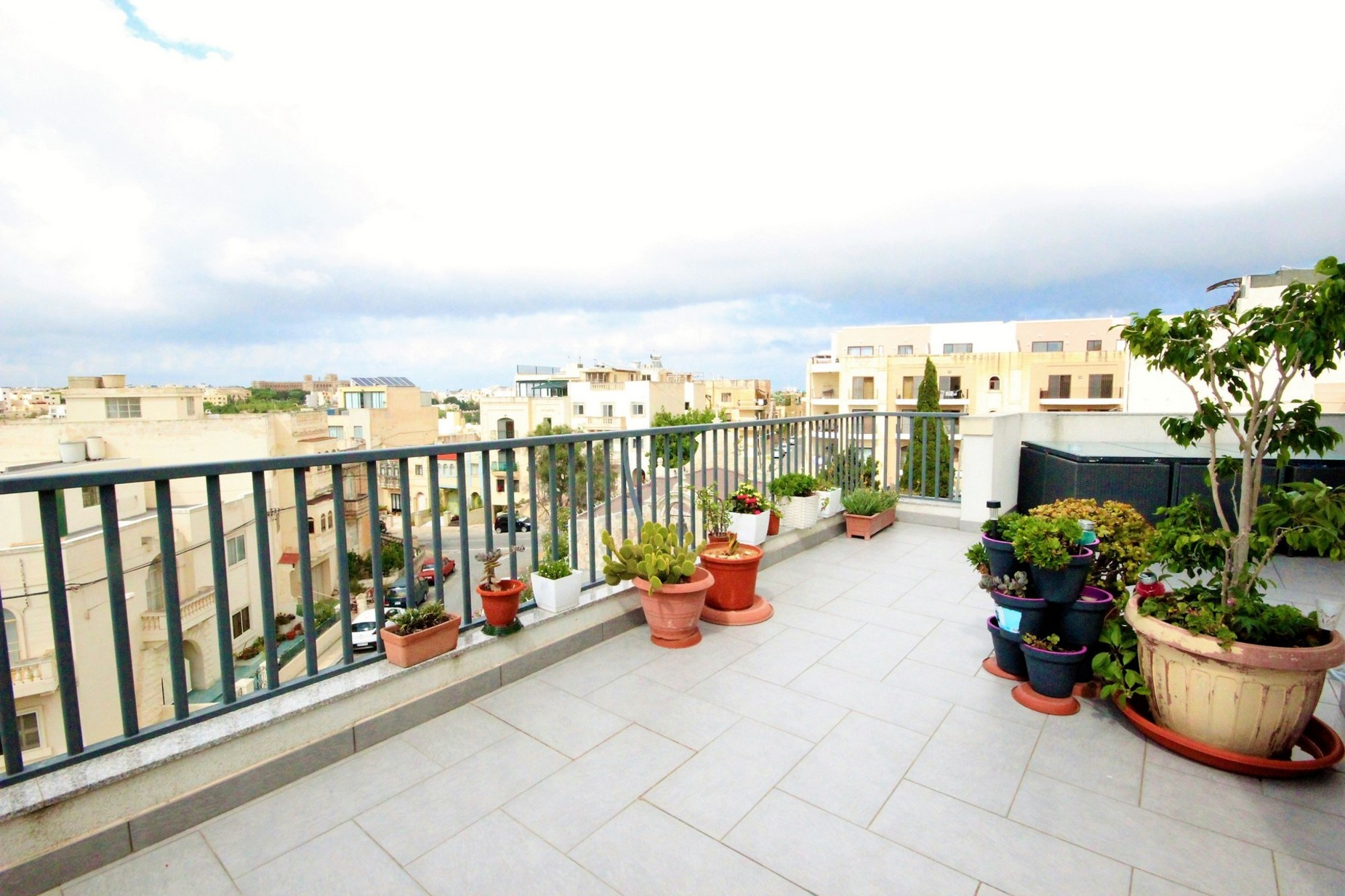 2 bed Penthouse For Rent in Rabat, Rabat - thumb 7