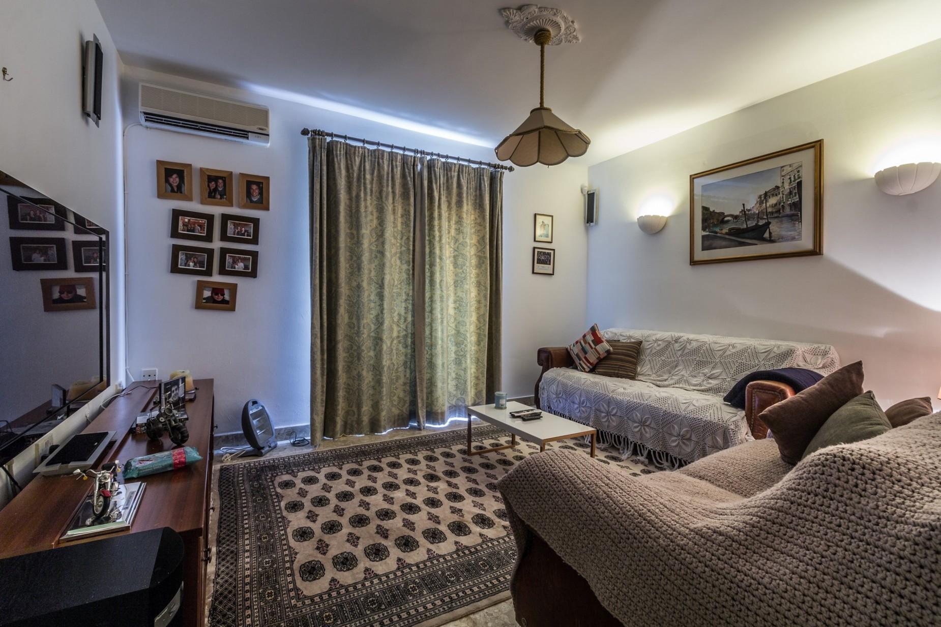 4 bed Villa For Sale in Bahar ic-Caghaq, Bahar ic-Caghaq - thumb 15