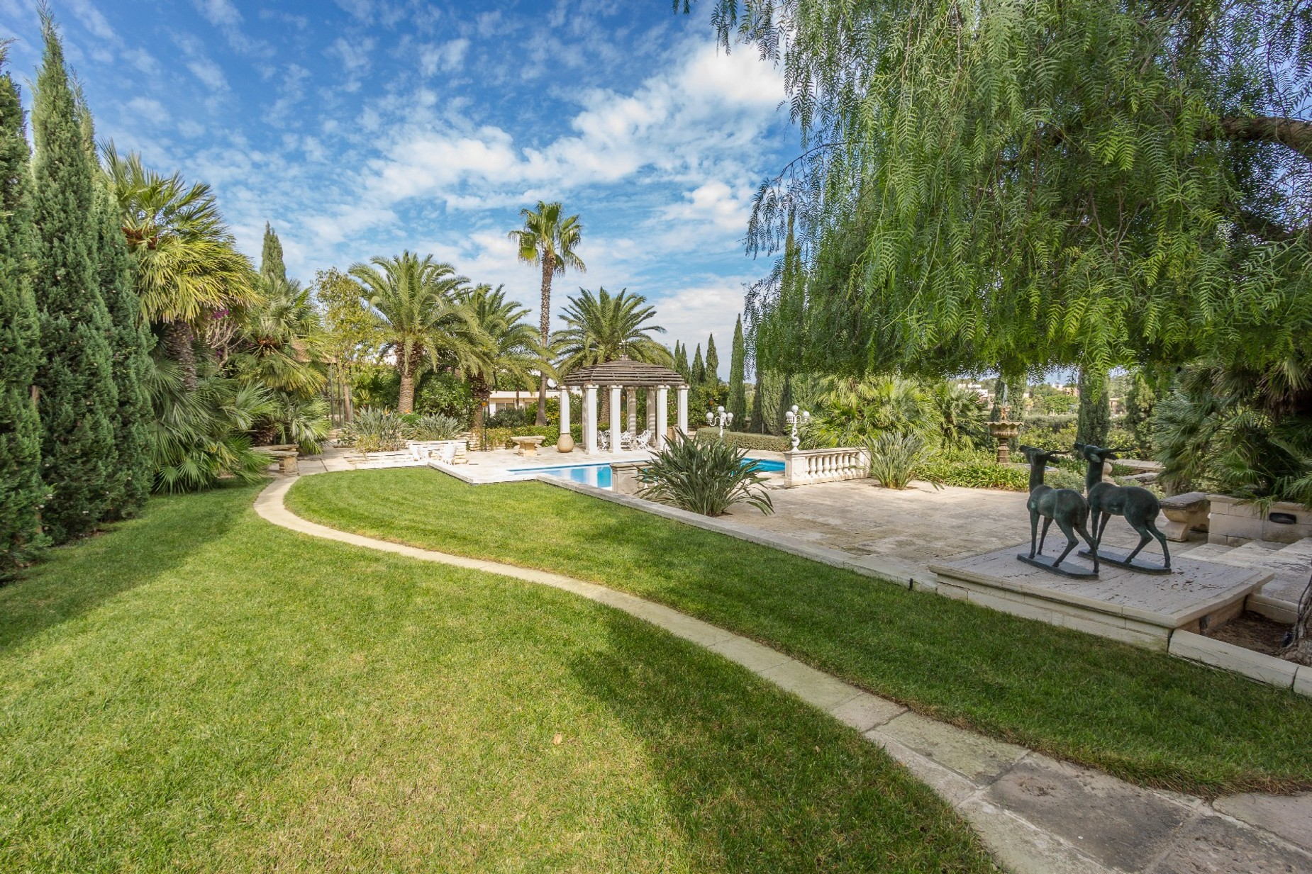 5 bed Villa For Rent in Iklin, Iklin - thumb 3
