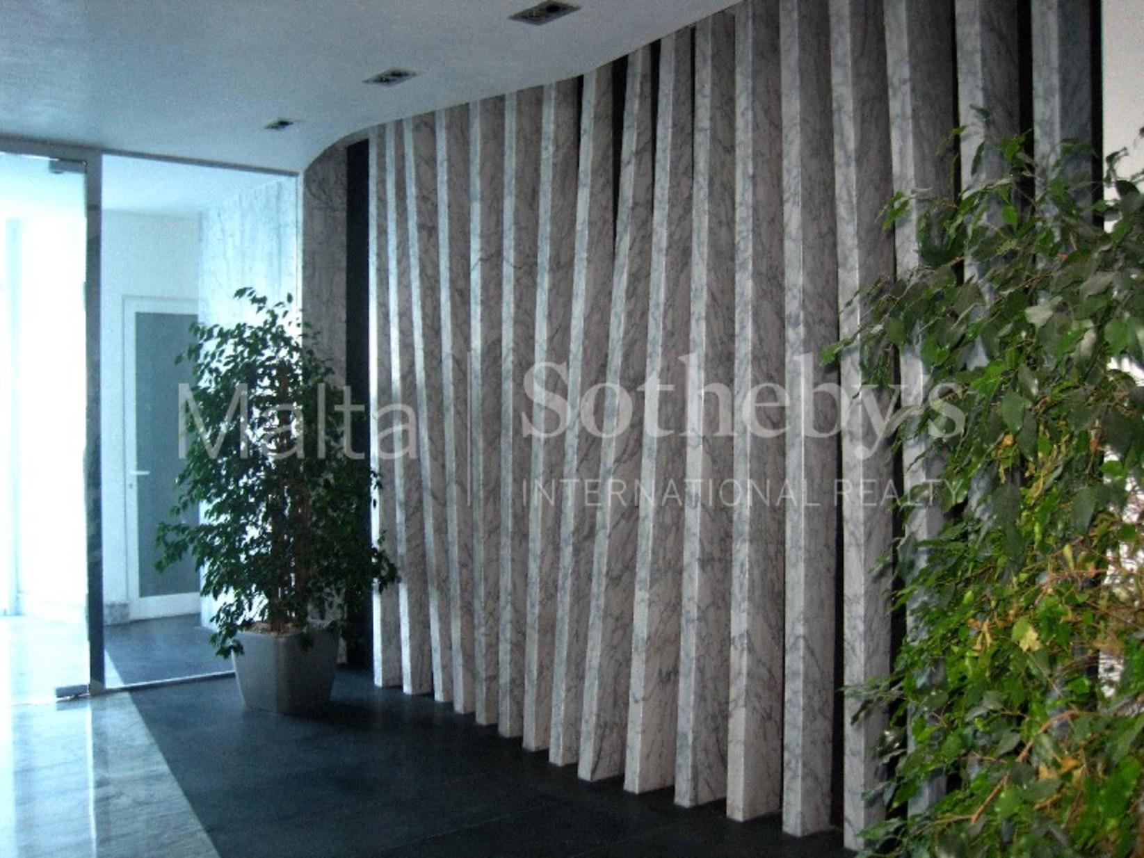 4 bed Apartment For Rent in Sliema, Sliema - thumb 11