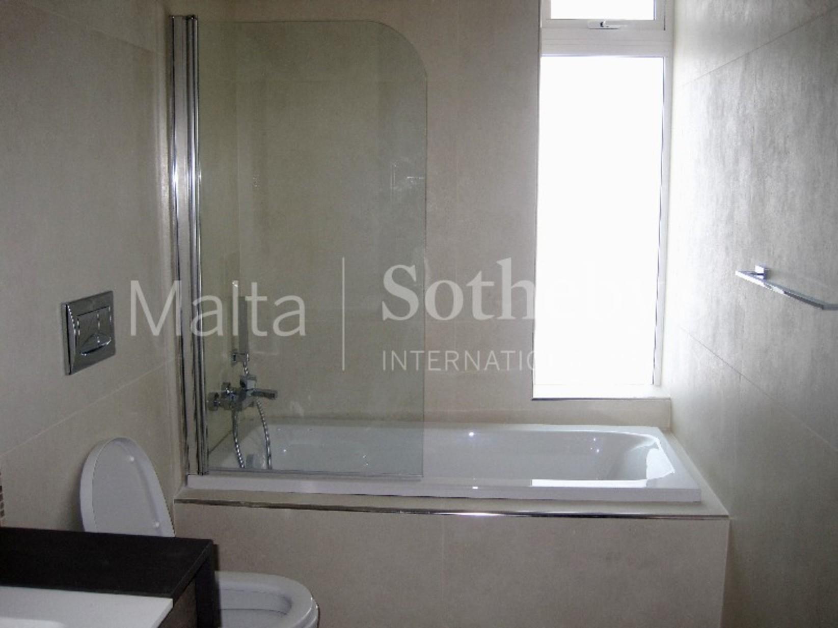 4 bed Apartment For Rent in Sliema, Sliema - thumb 4
