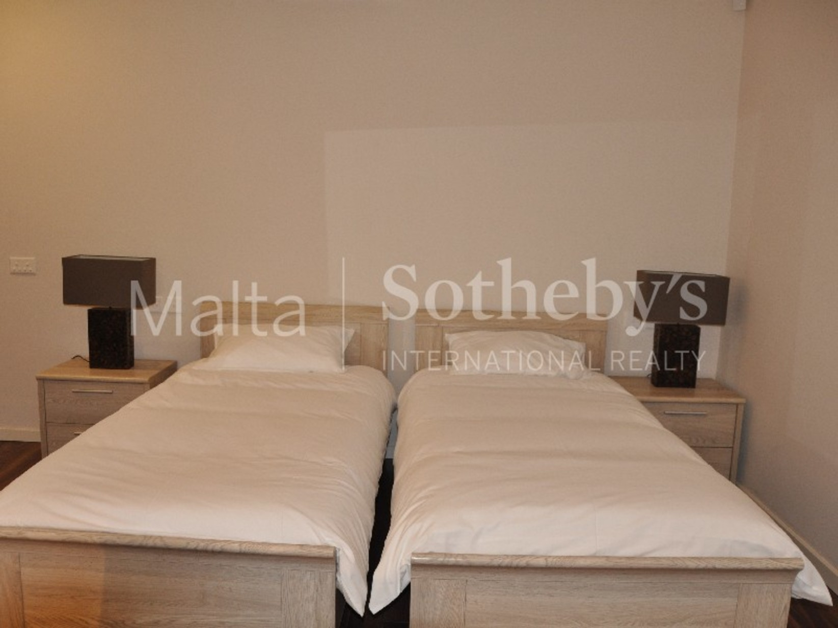 2 bed Maisonette For Rent in St Julian's, St Julian's - thumb 8