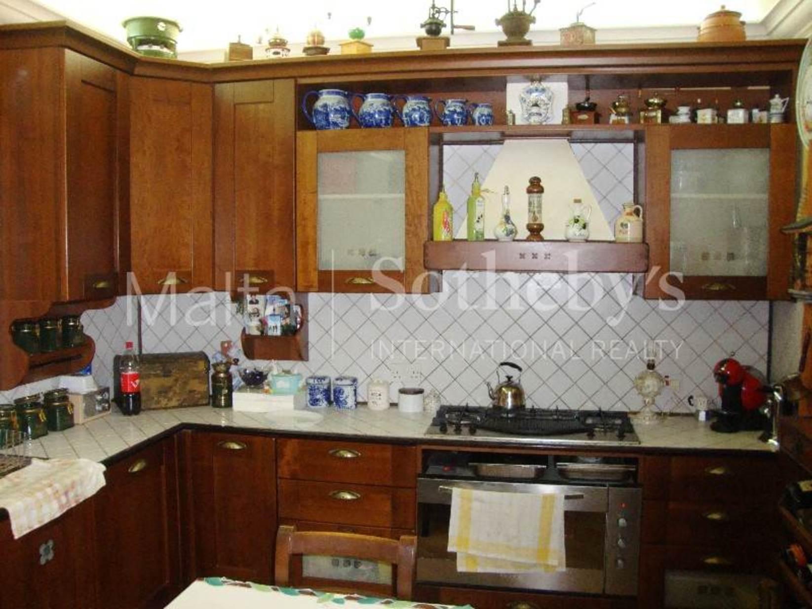 4 bed Farmhouse For Rent in Siggiewi, Siggiewi - thumb 10