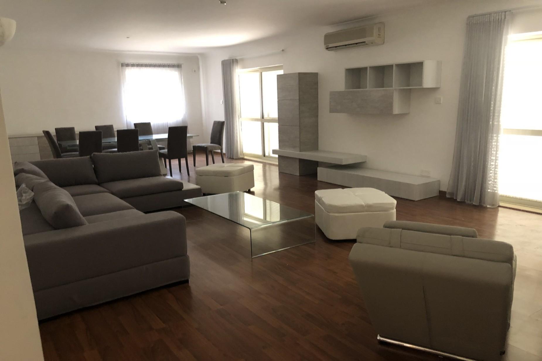 5 bed Villa For Rent in Naxxar, Naxxar - thumb 6