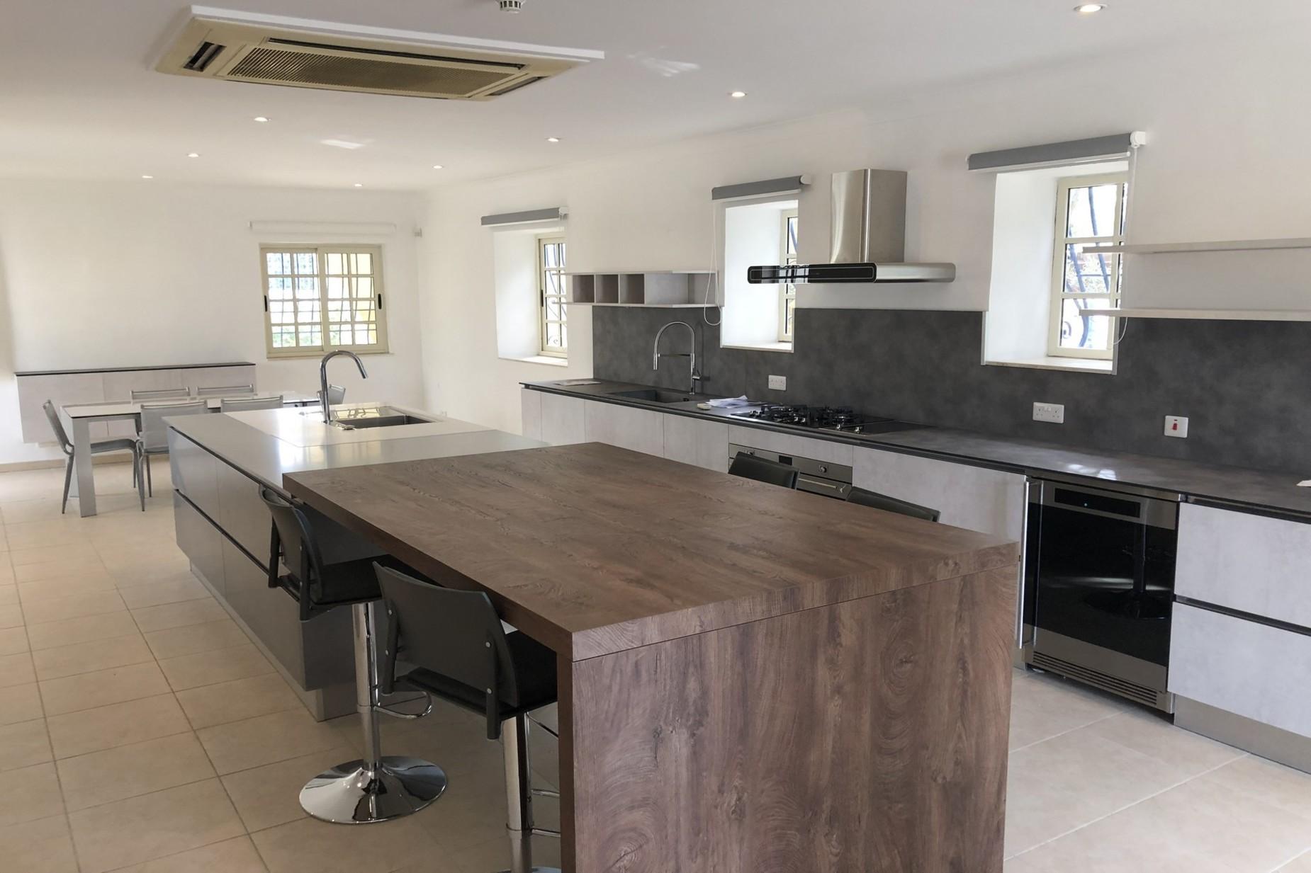 5 bed Villa For Rent in Naxxar, Naxxar - thumb 3